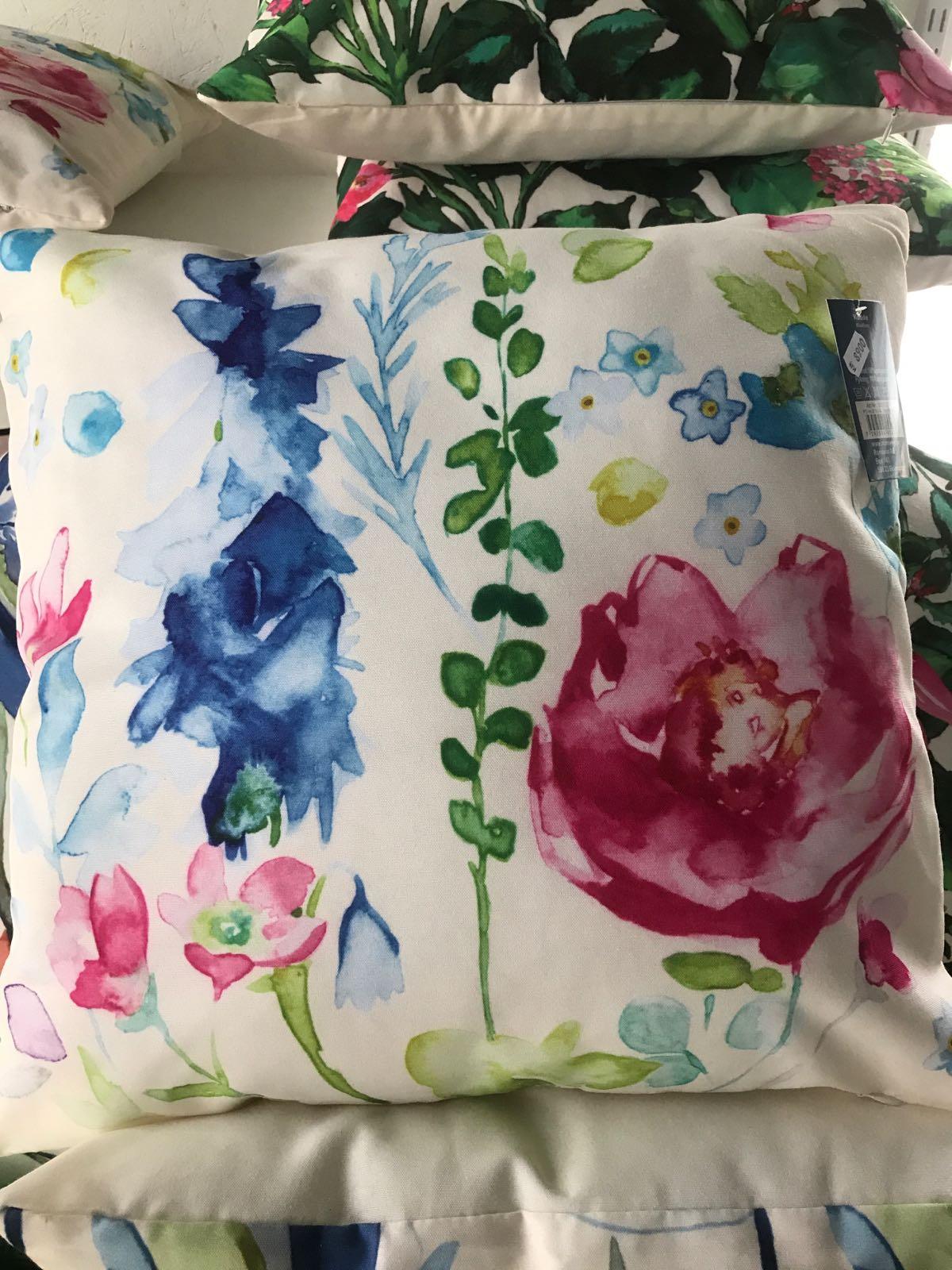 Kudde blomma 45x45cm 3 mönster