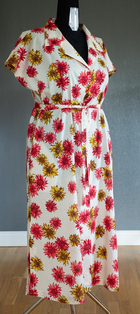 Skogsviol klänning. Storlek XL