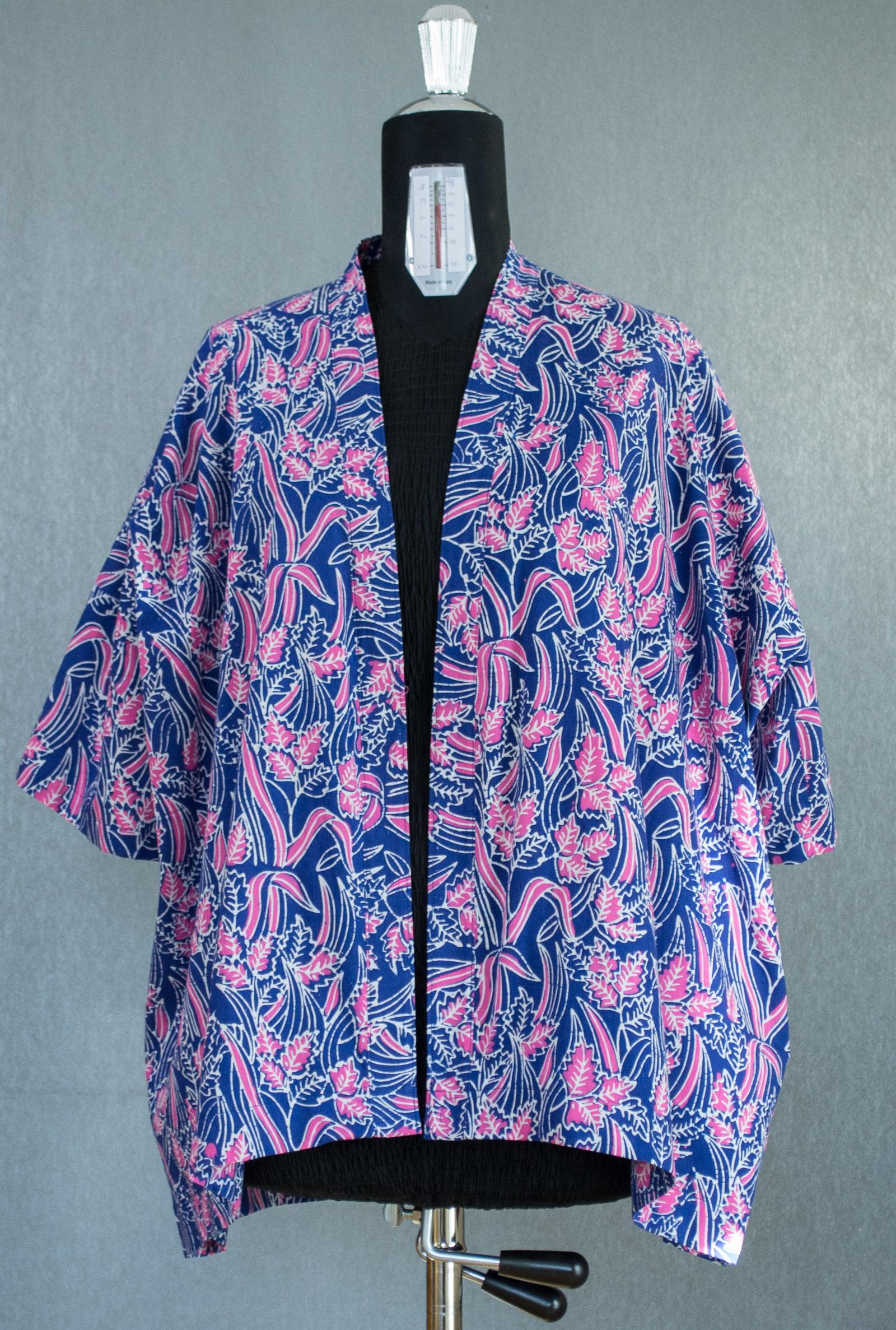 Grönkulla kimono. Storlek L/XL.