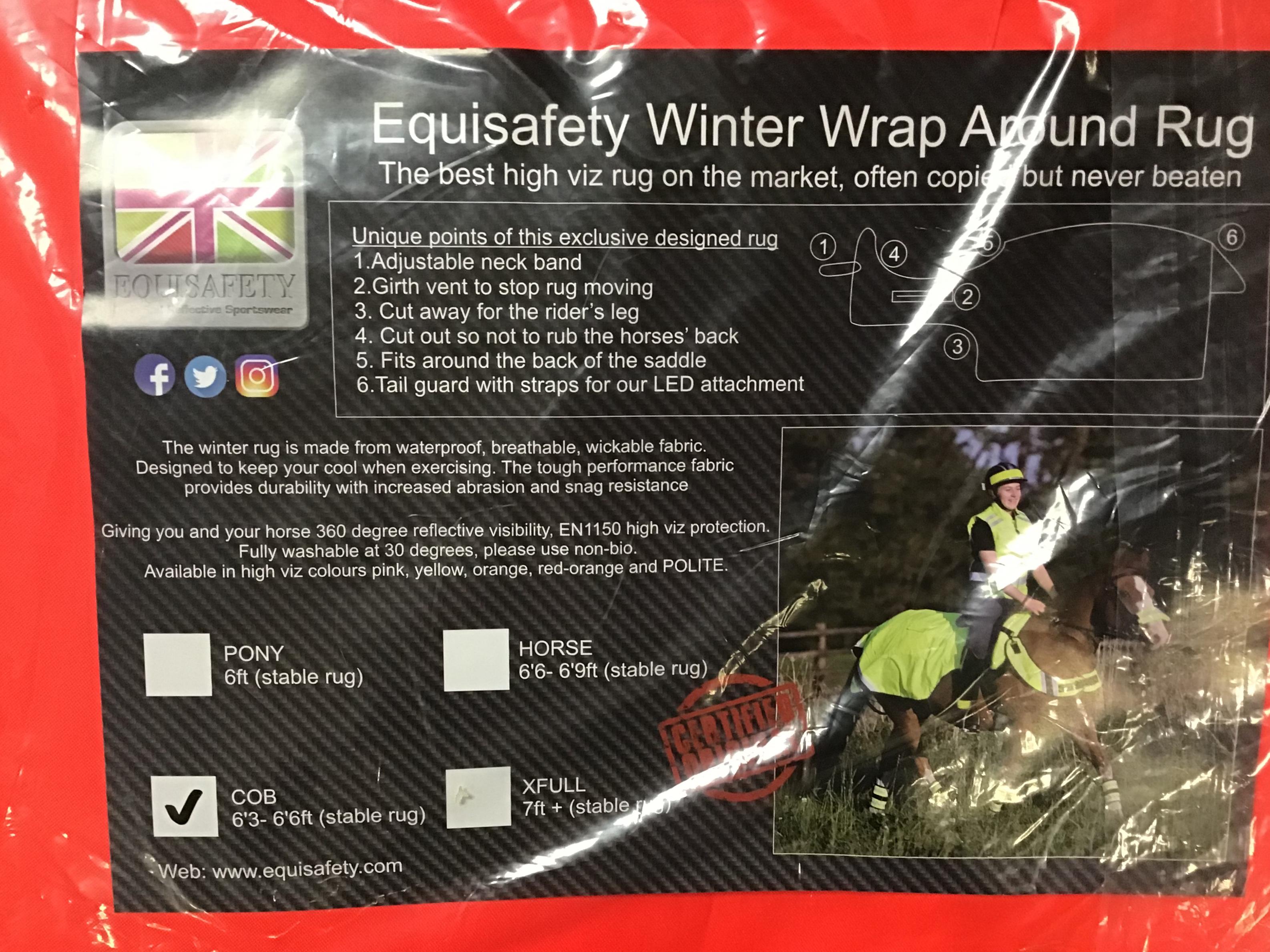 Equisafety Winter Wrap Around Rug