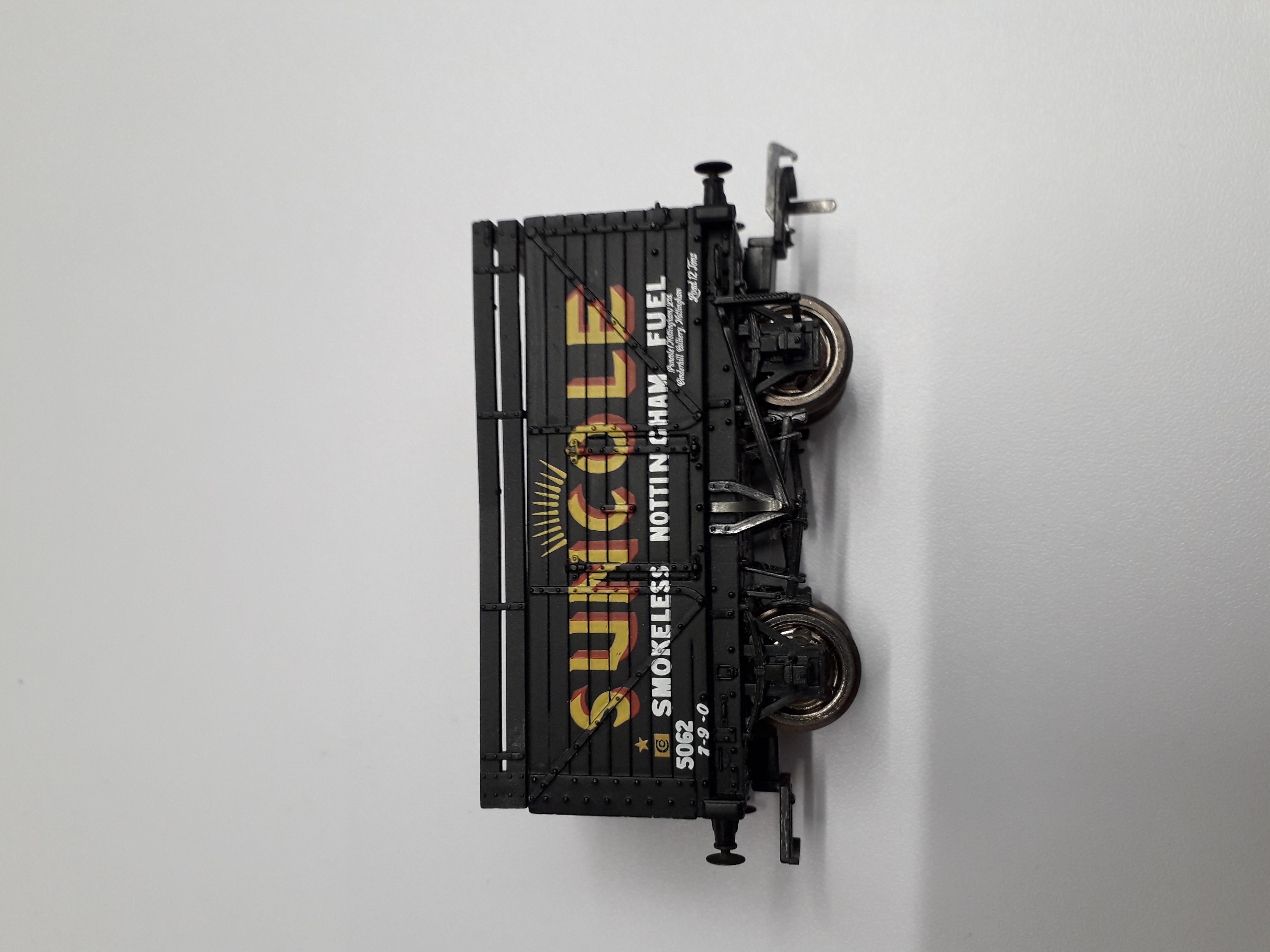 37-201 Bachmann 8 Plank Wagon Suncole '5062'