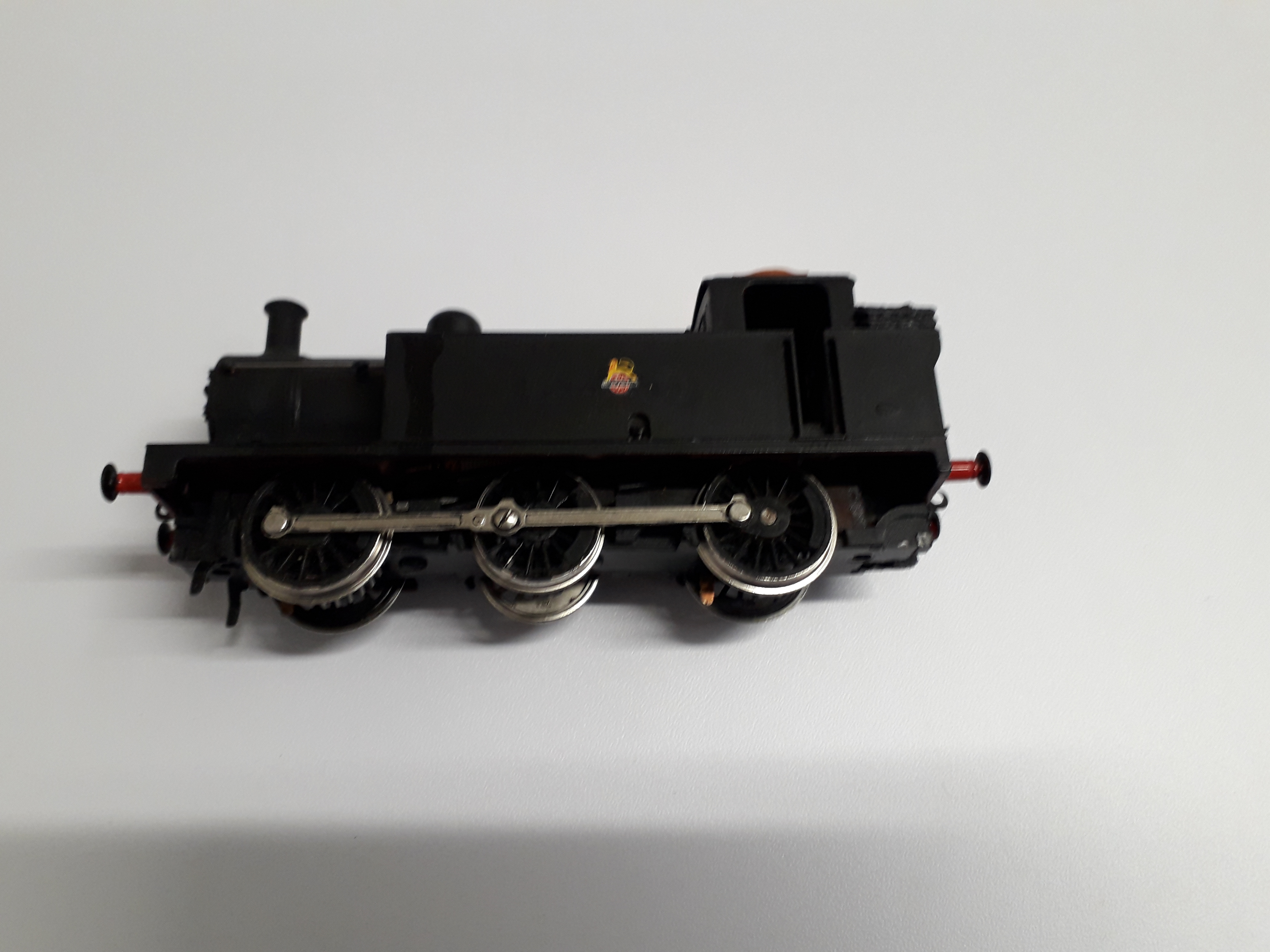 R052 Hornby 3F Jinty (repainted and weathered, converted to 3 link couplings)