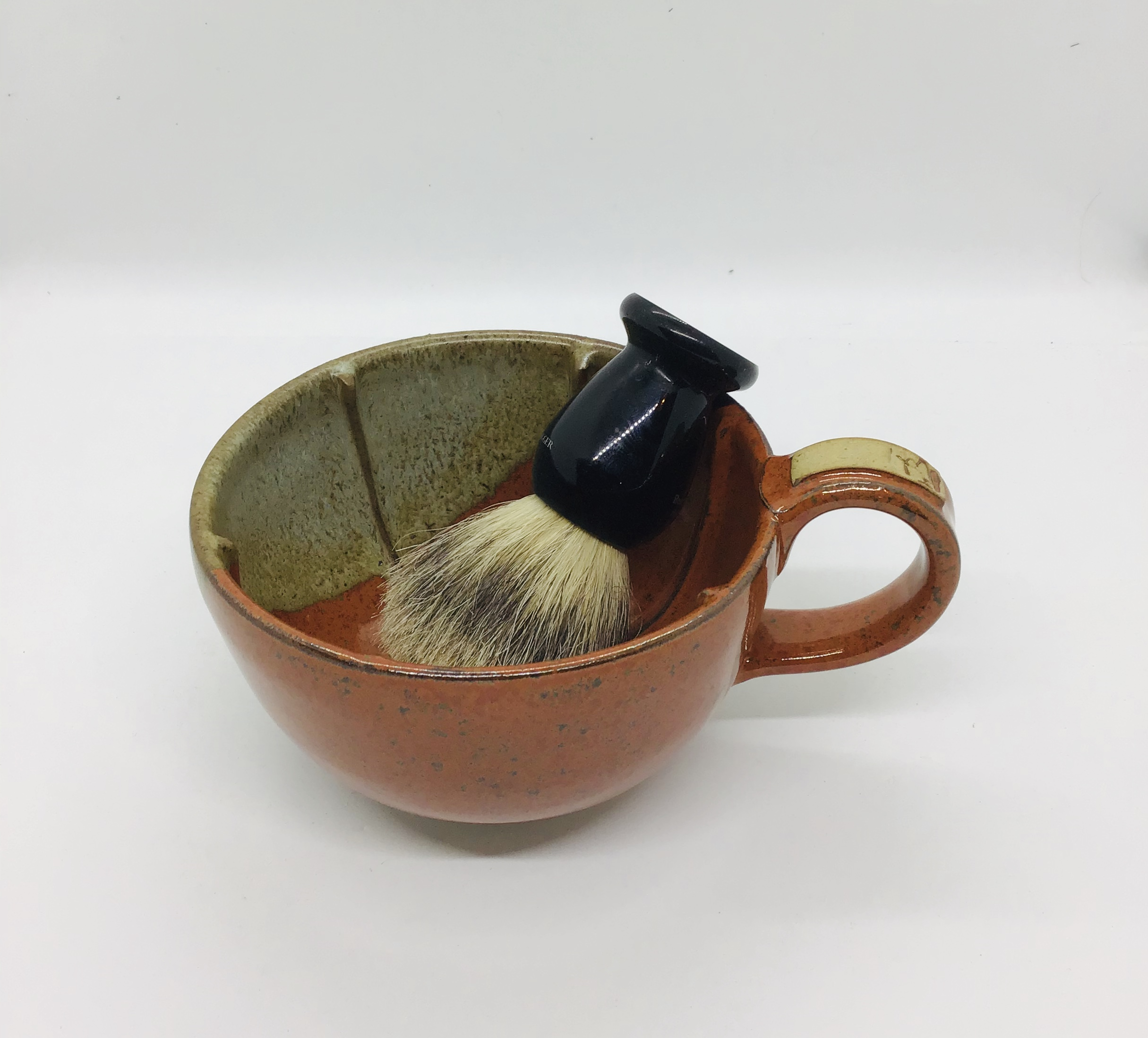 Shaving mug/bowl red/brown earthenware