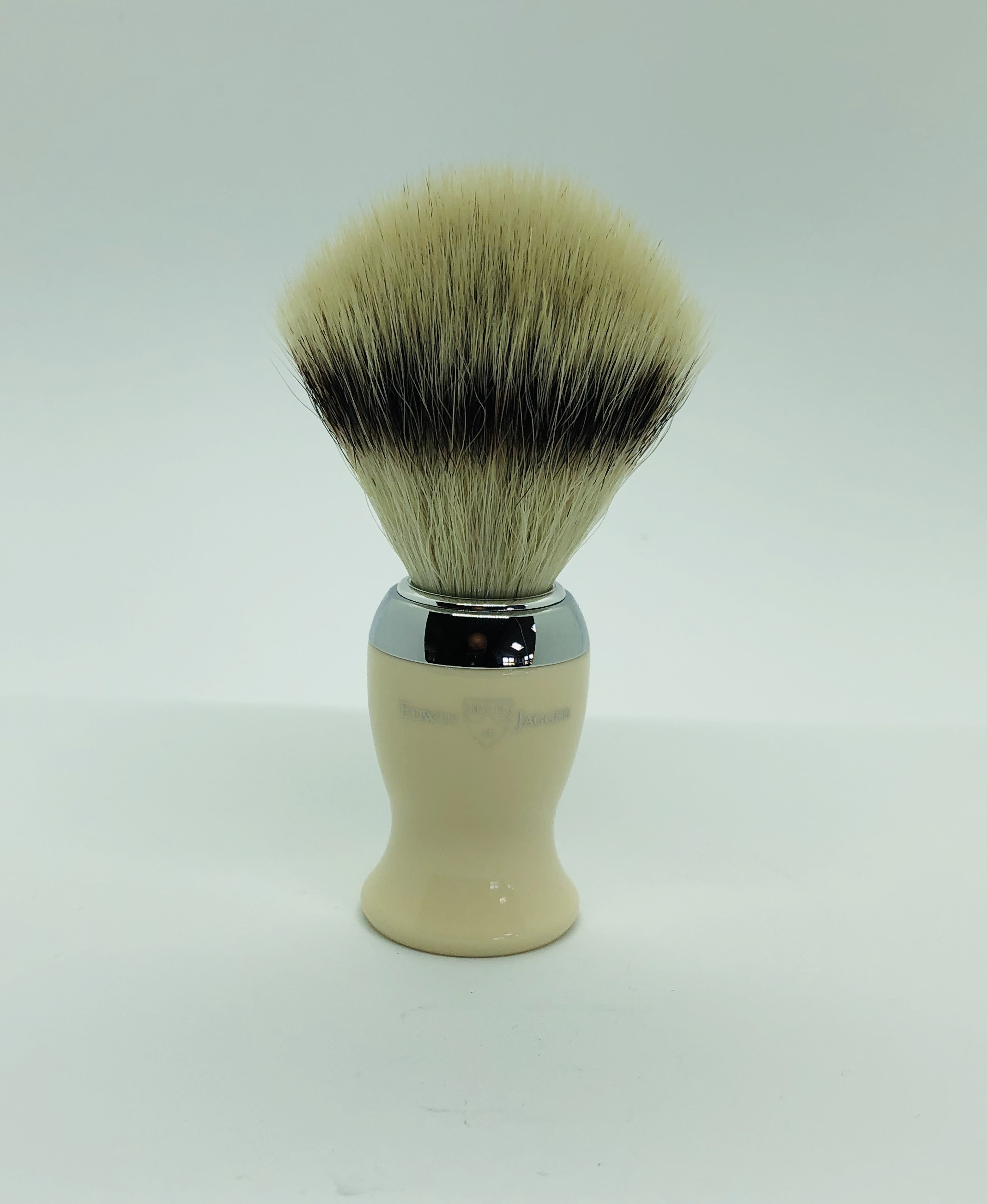 Edwin jagger synthetic silver tip brush