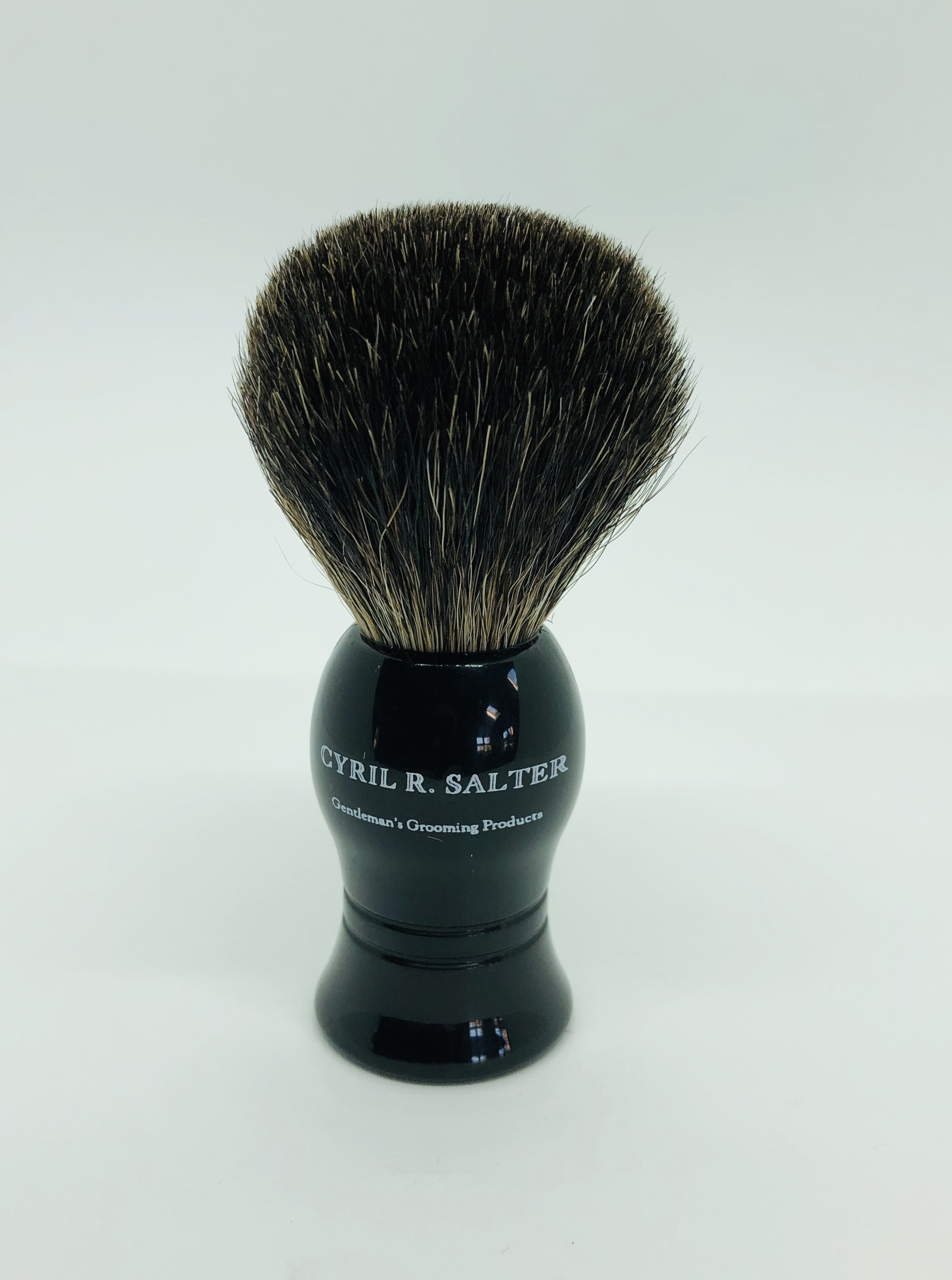 Cyril black pure badger brush