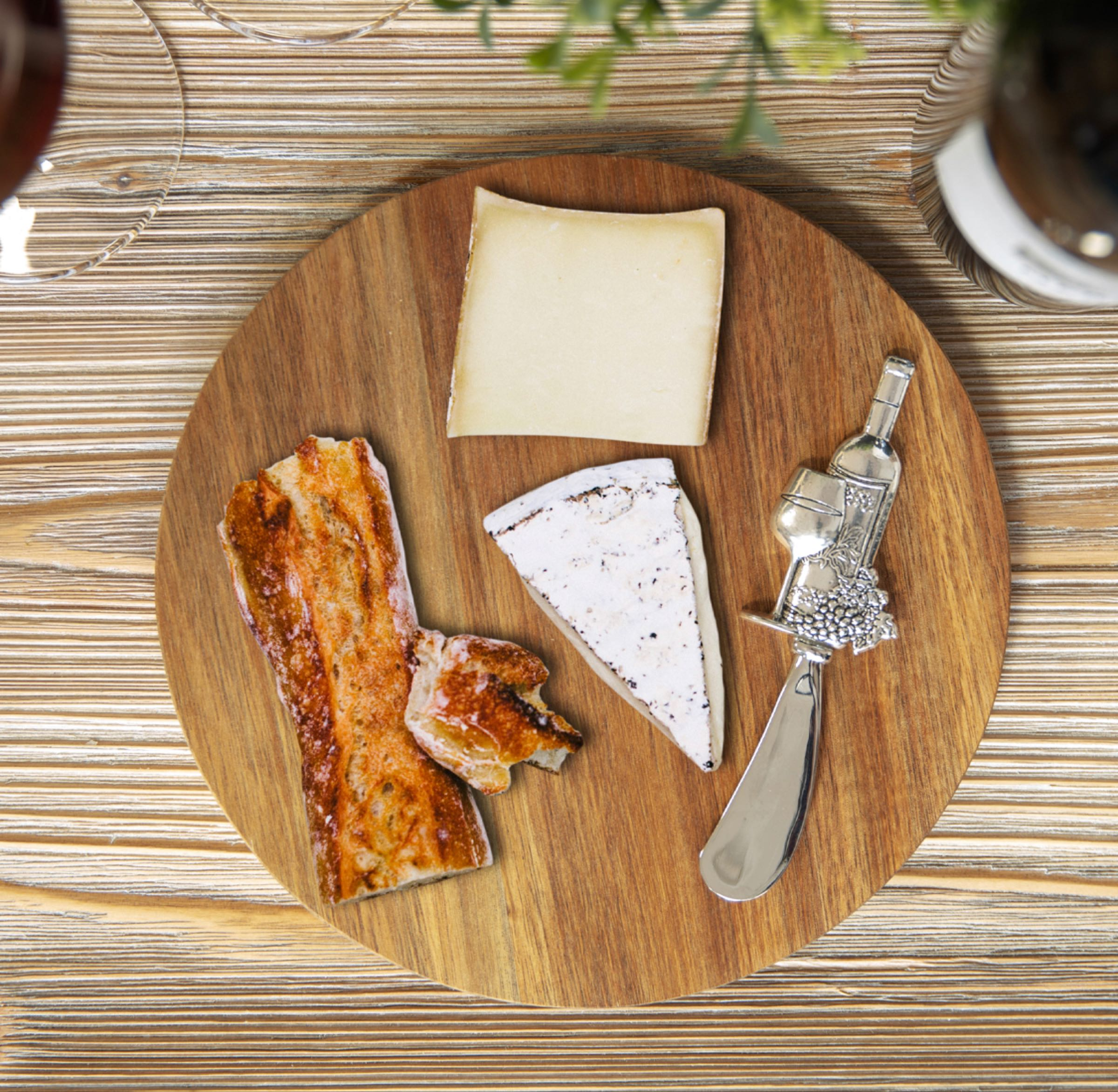 Round Acacia Cheese Board with Wine Bottle Design Spreader