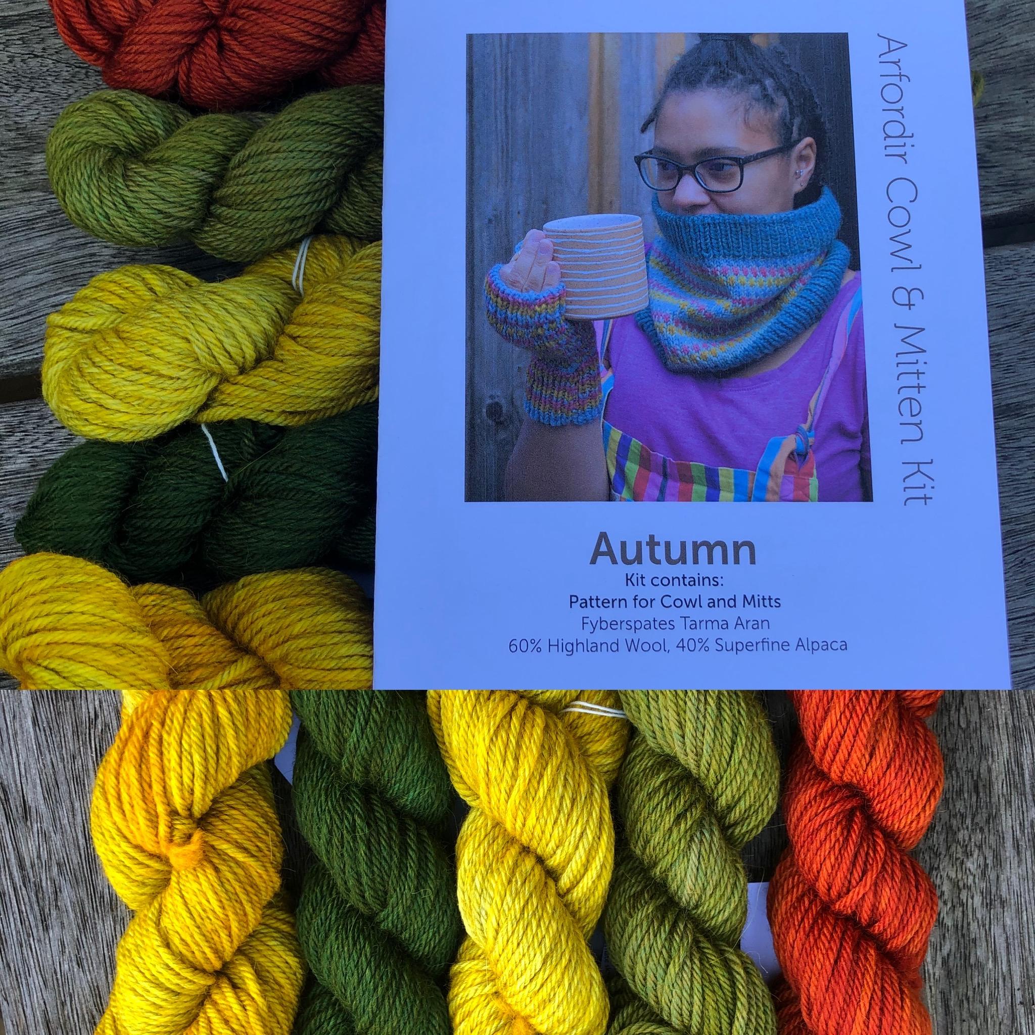 Arfordir Tarma Autumn Cowl and Mitt Kit