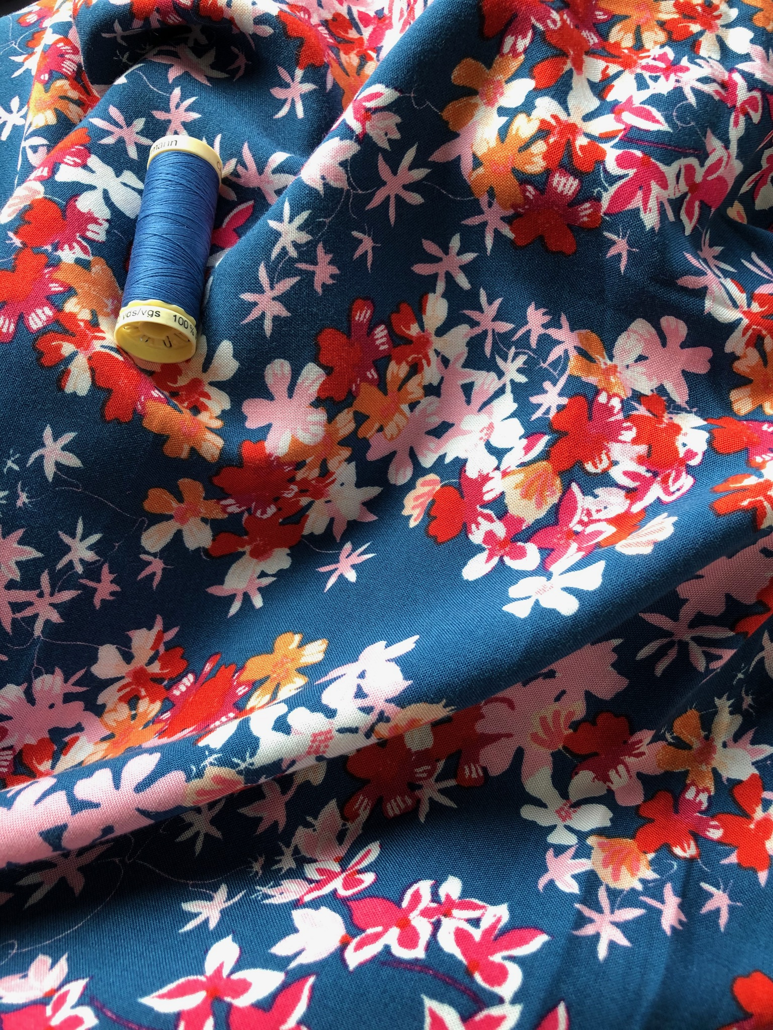 Floral Blue Viscose 1 metre remnant