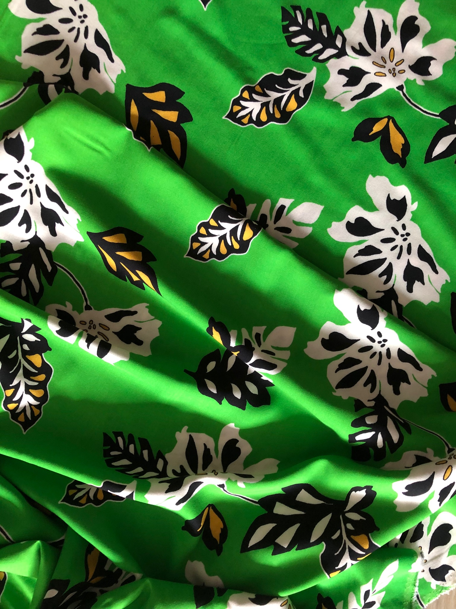Green Dreaming Viscose