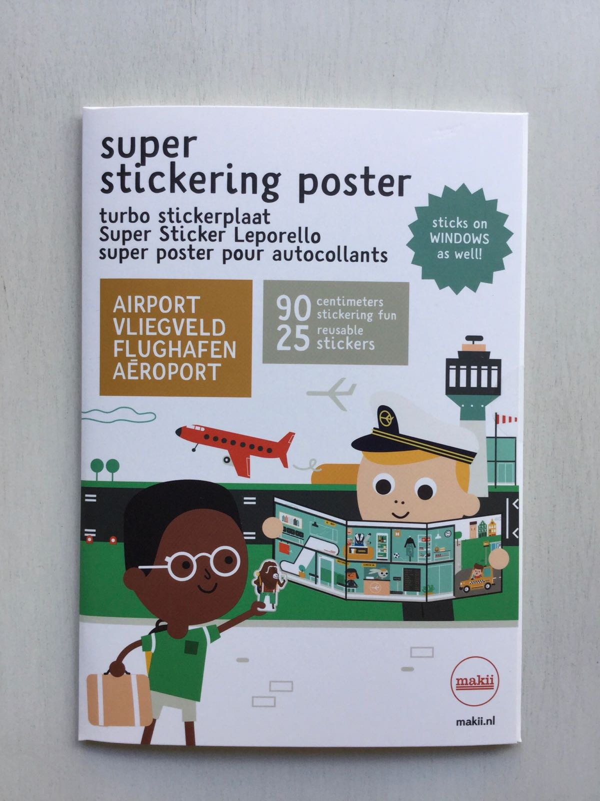 Makii - Super stickering poster - Airport