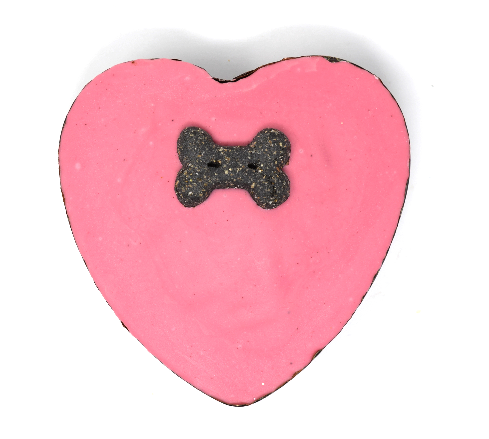 Small heart shaped pawty cake
