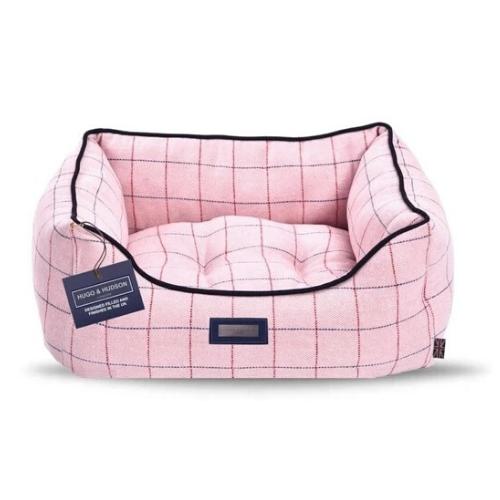 Pink tweed Bed