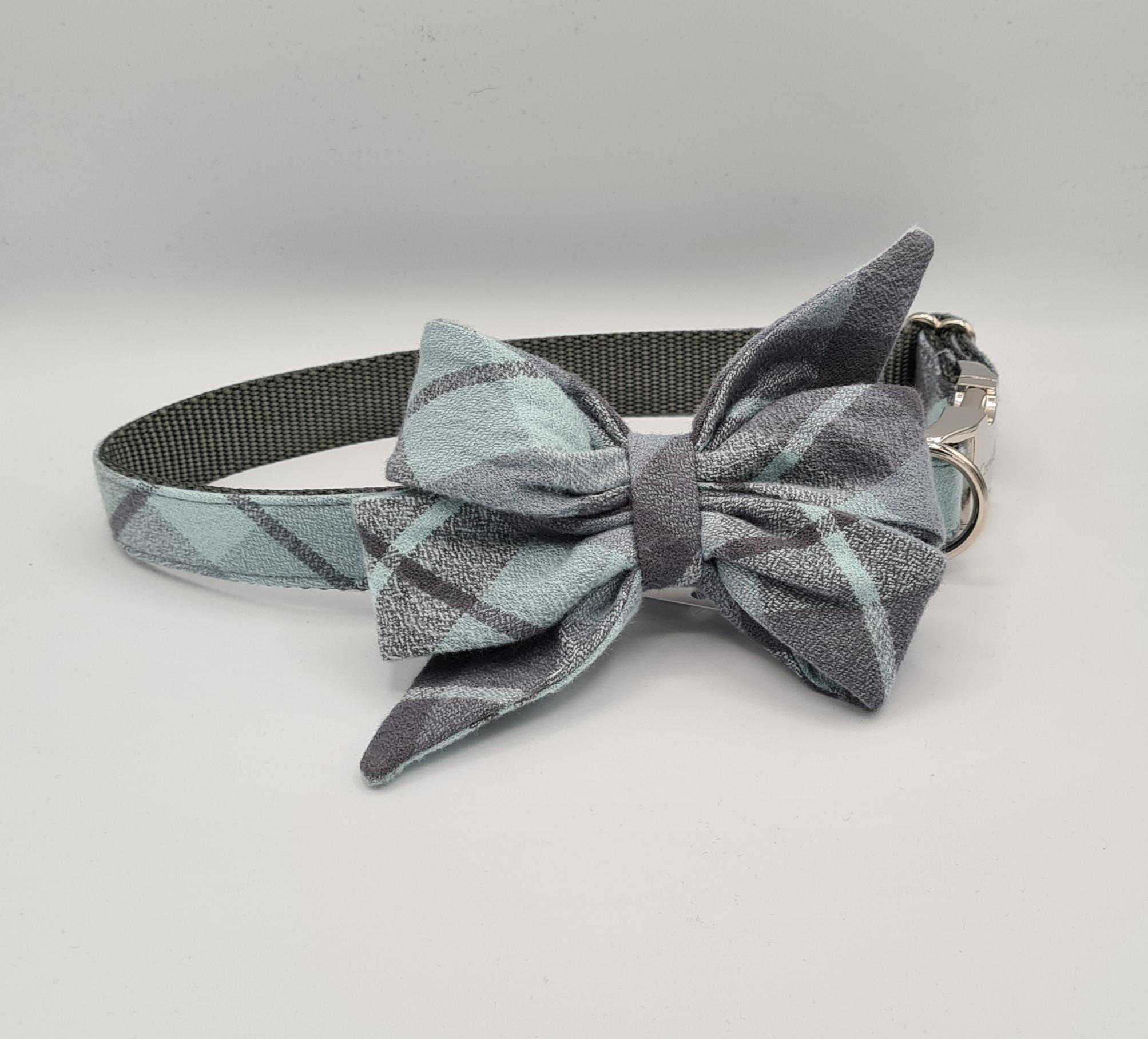 Cadet grey collar