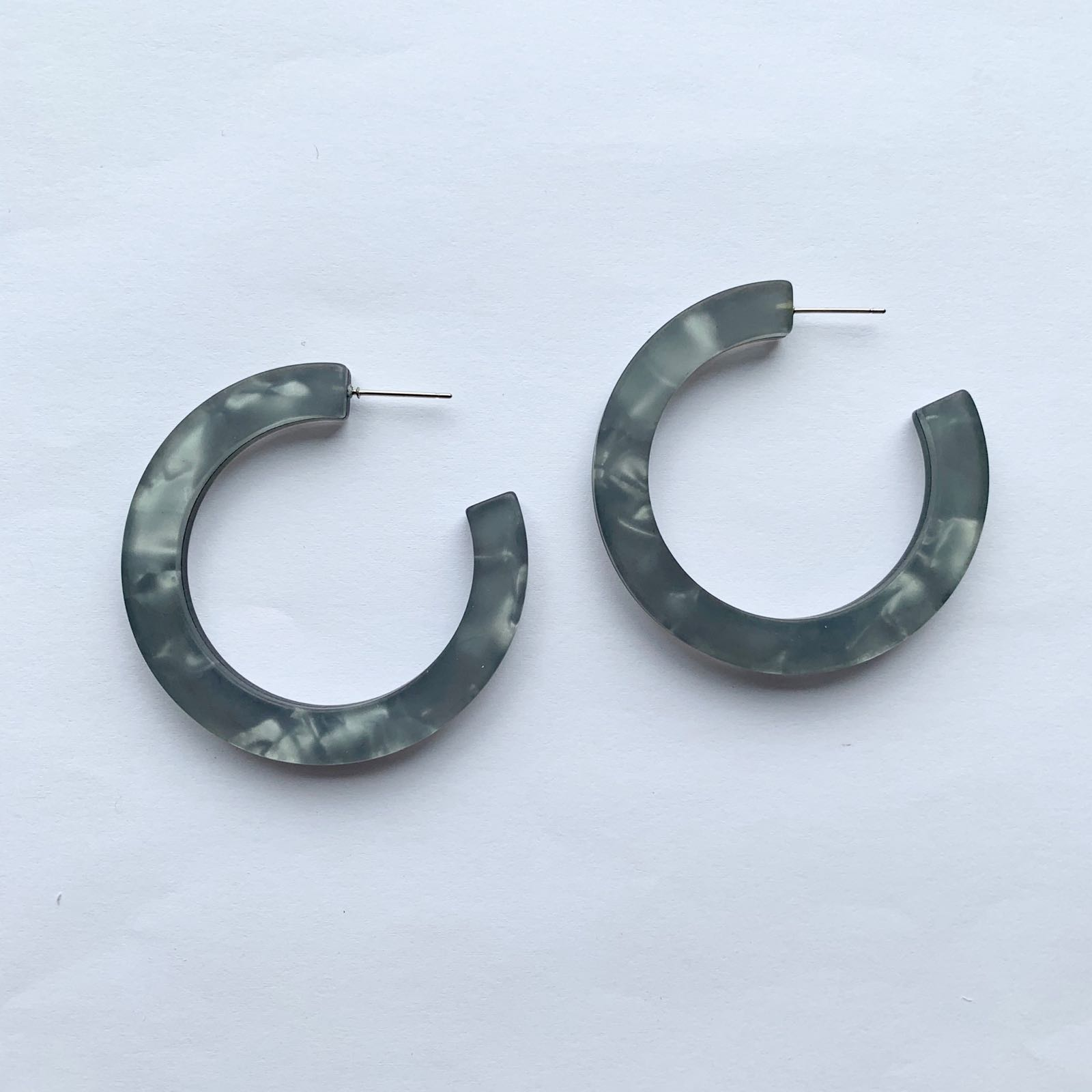 Nina Resin Large Hoop Grey
