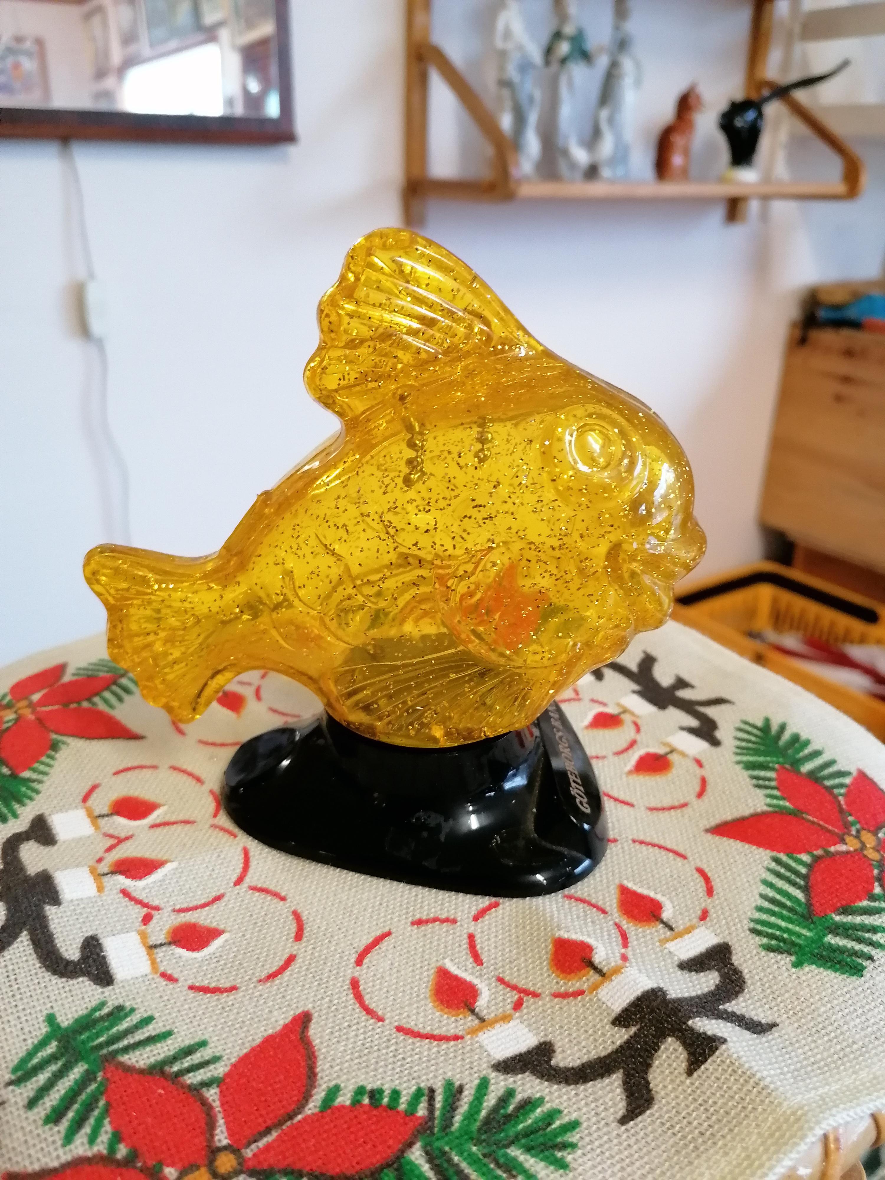 Sparbössa i form av fisk