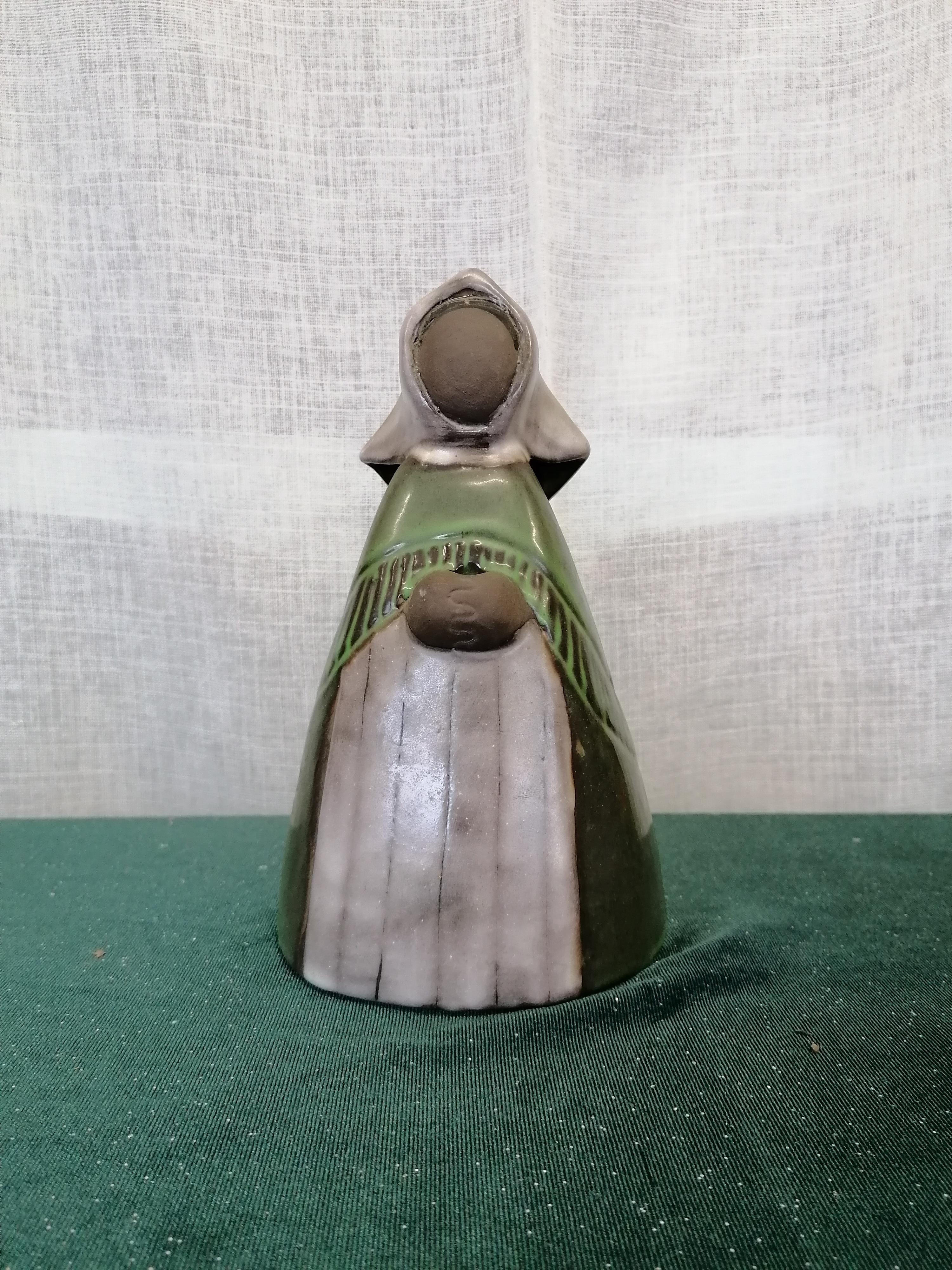 Blomsterkvinna från Jie keramik
