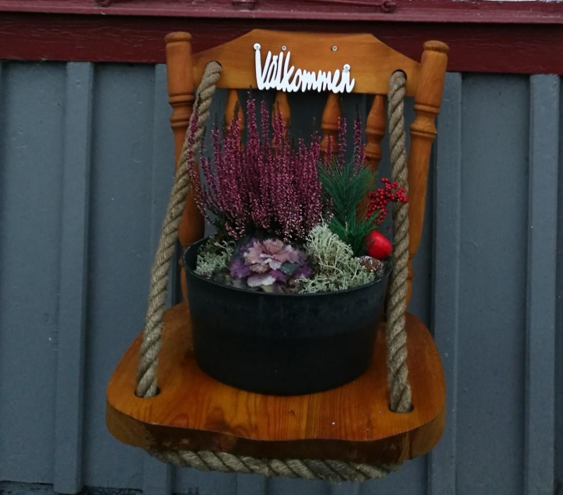 Väggstol för dekoration