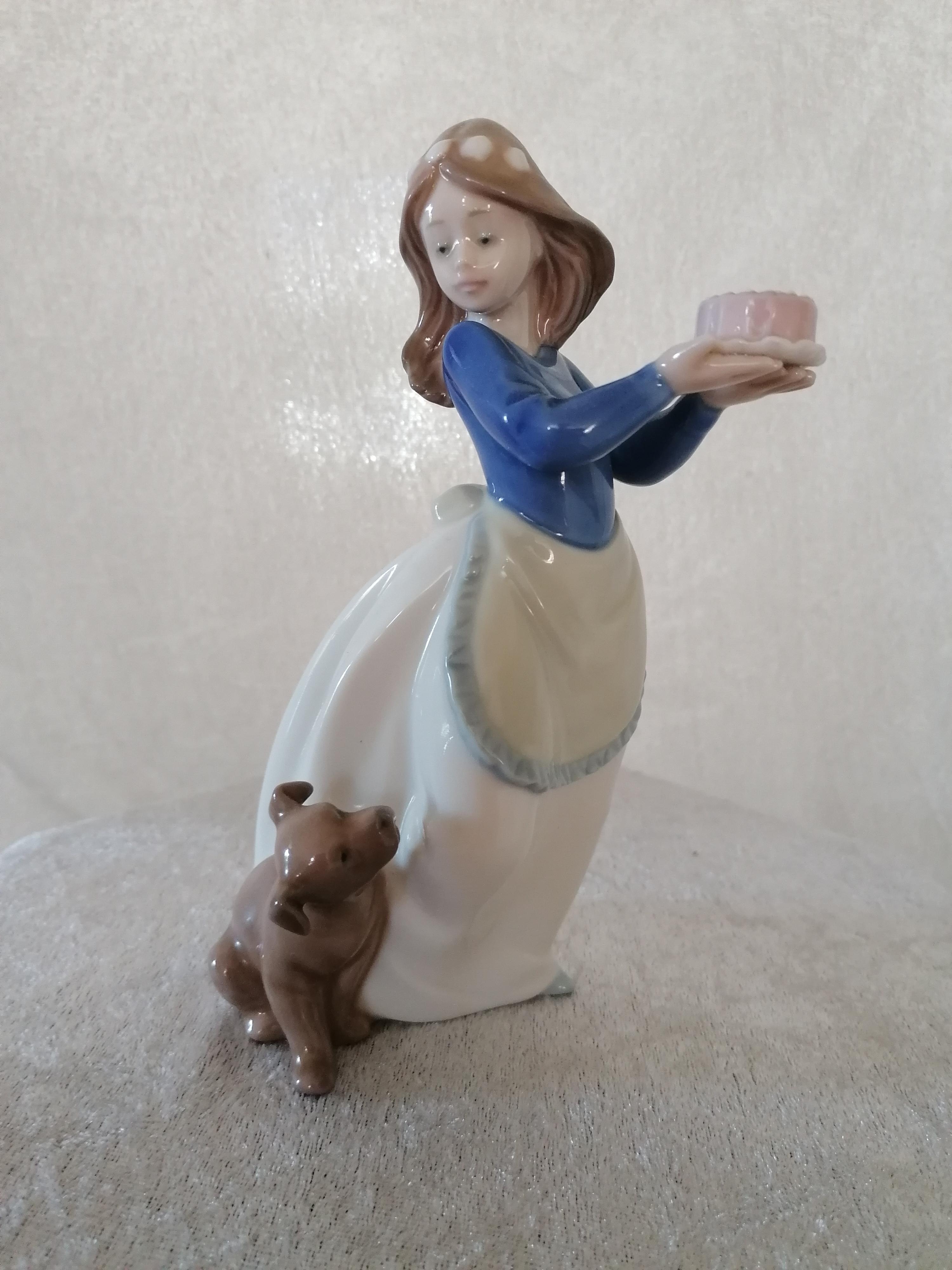 Daisa Flicka med hund