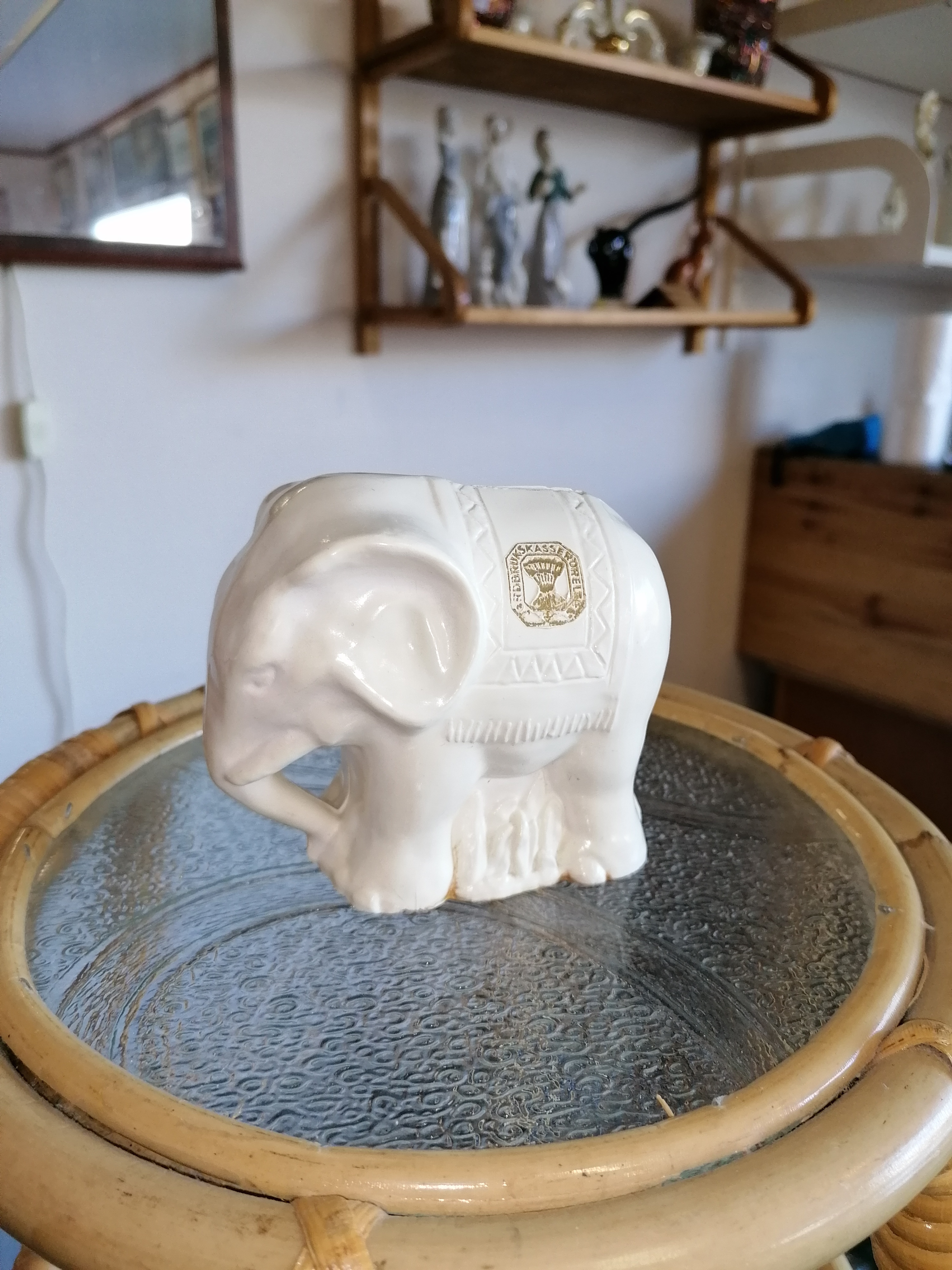 Liten sparbössa Elefant Jordbrukskasserörelsen