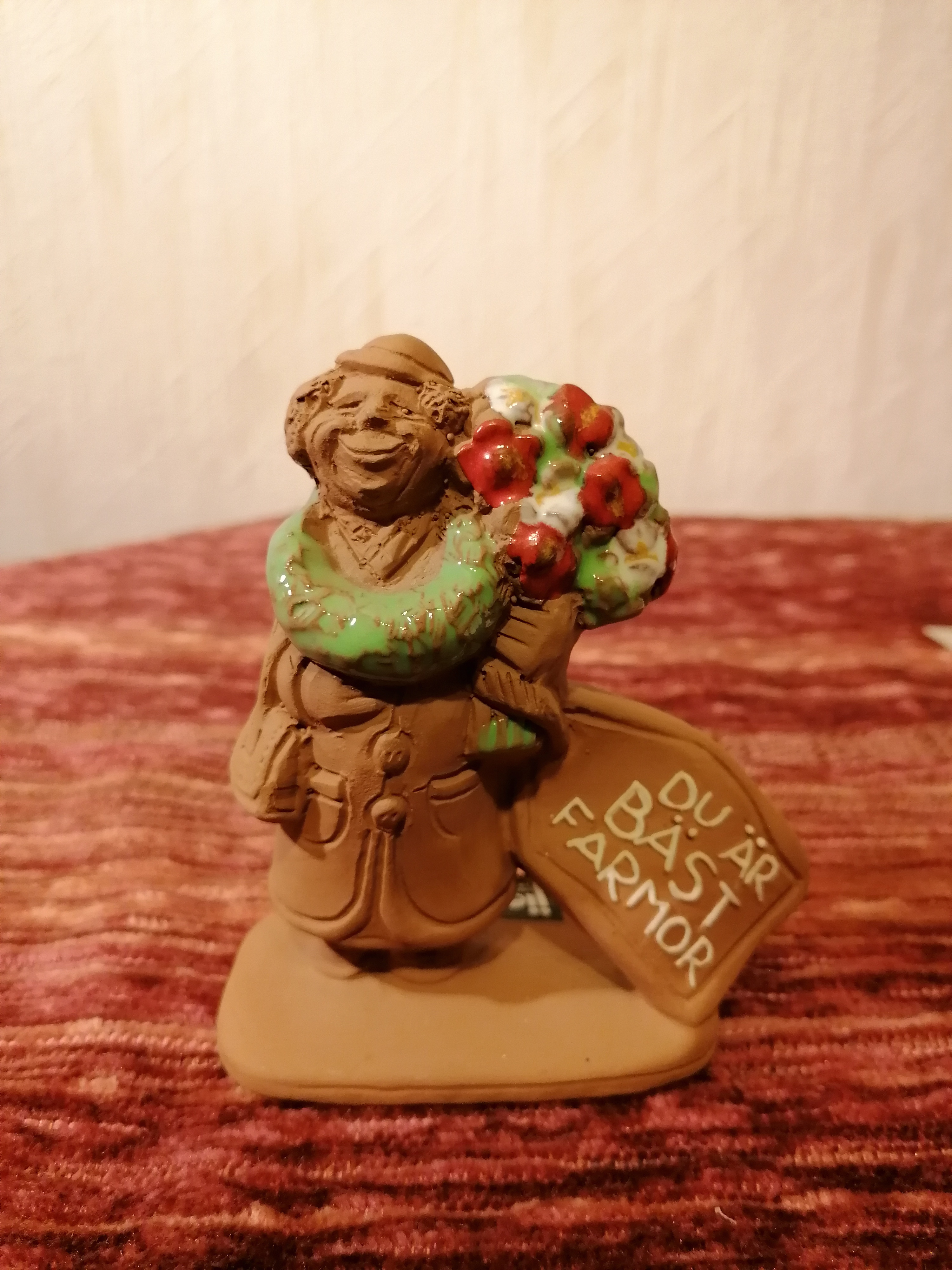 """Figurin """" Du är bäst farmor"""" från Jie Gantofta"""