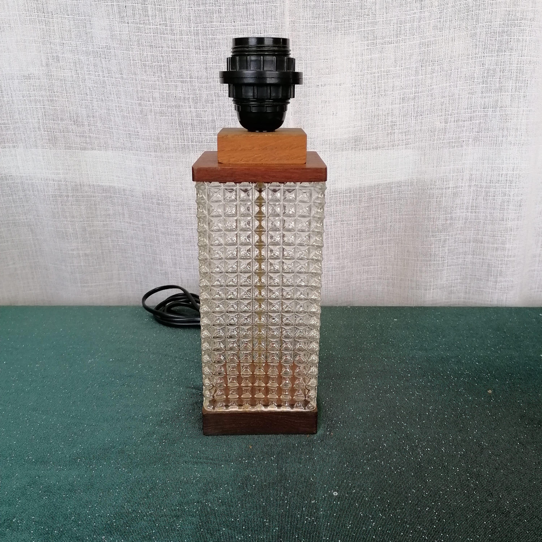 50-tals bordslampa i teak och glas