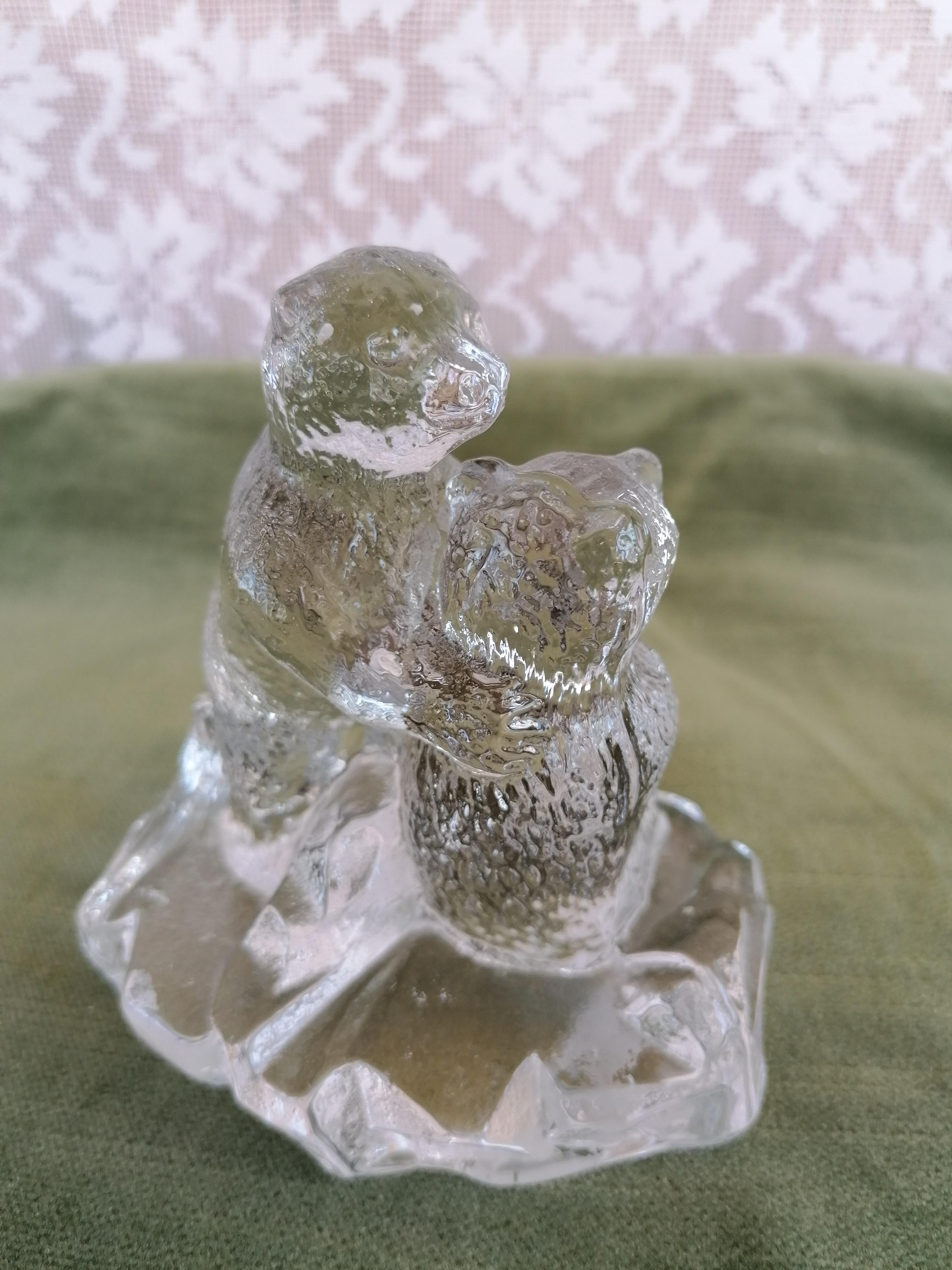 Glasfigurin björnar