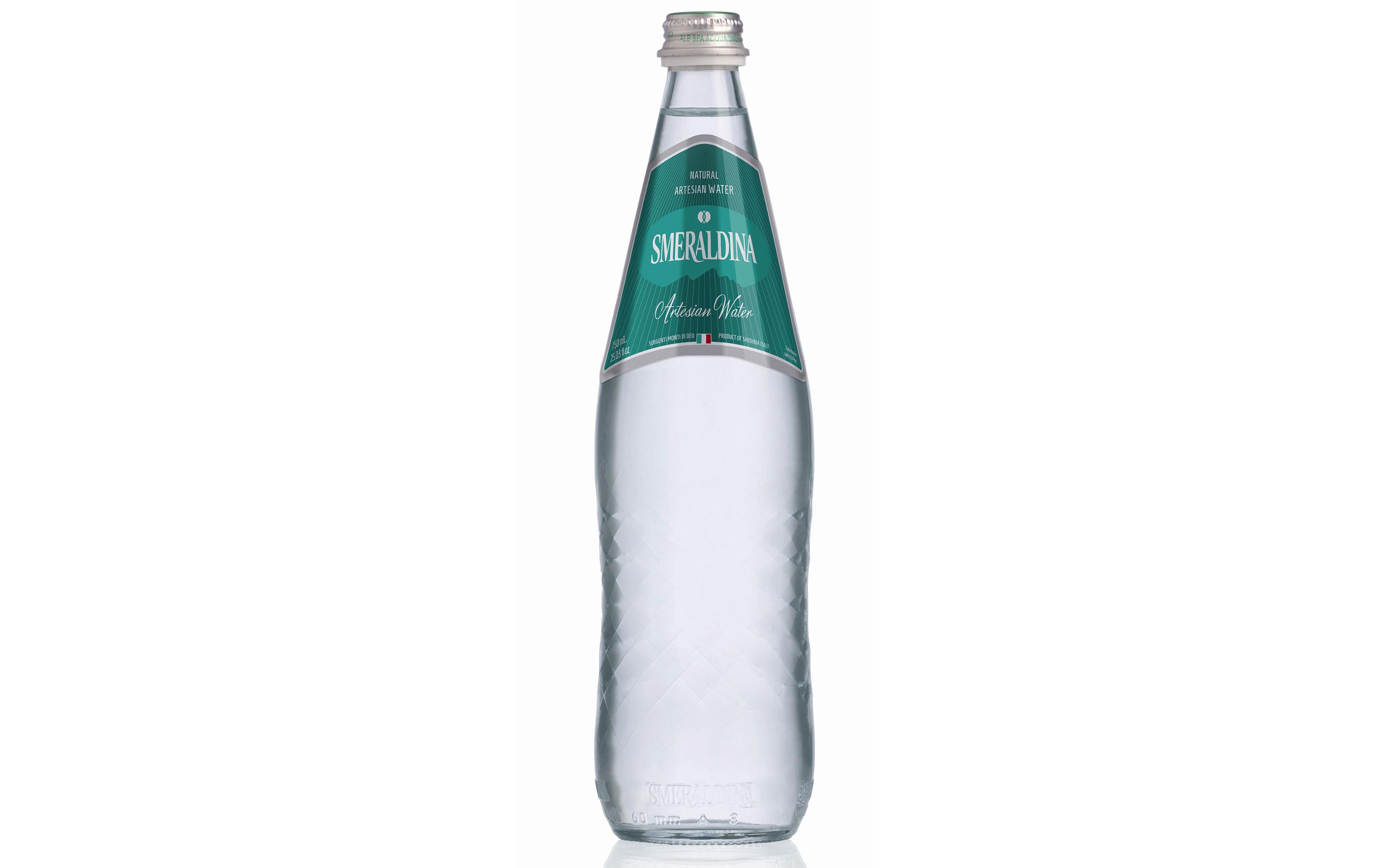 Smeraldina Still Water