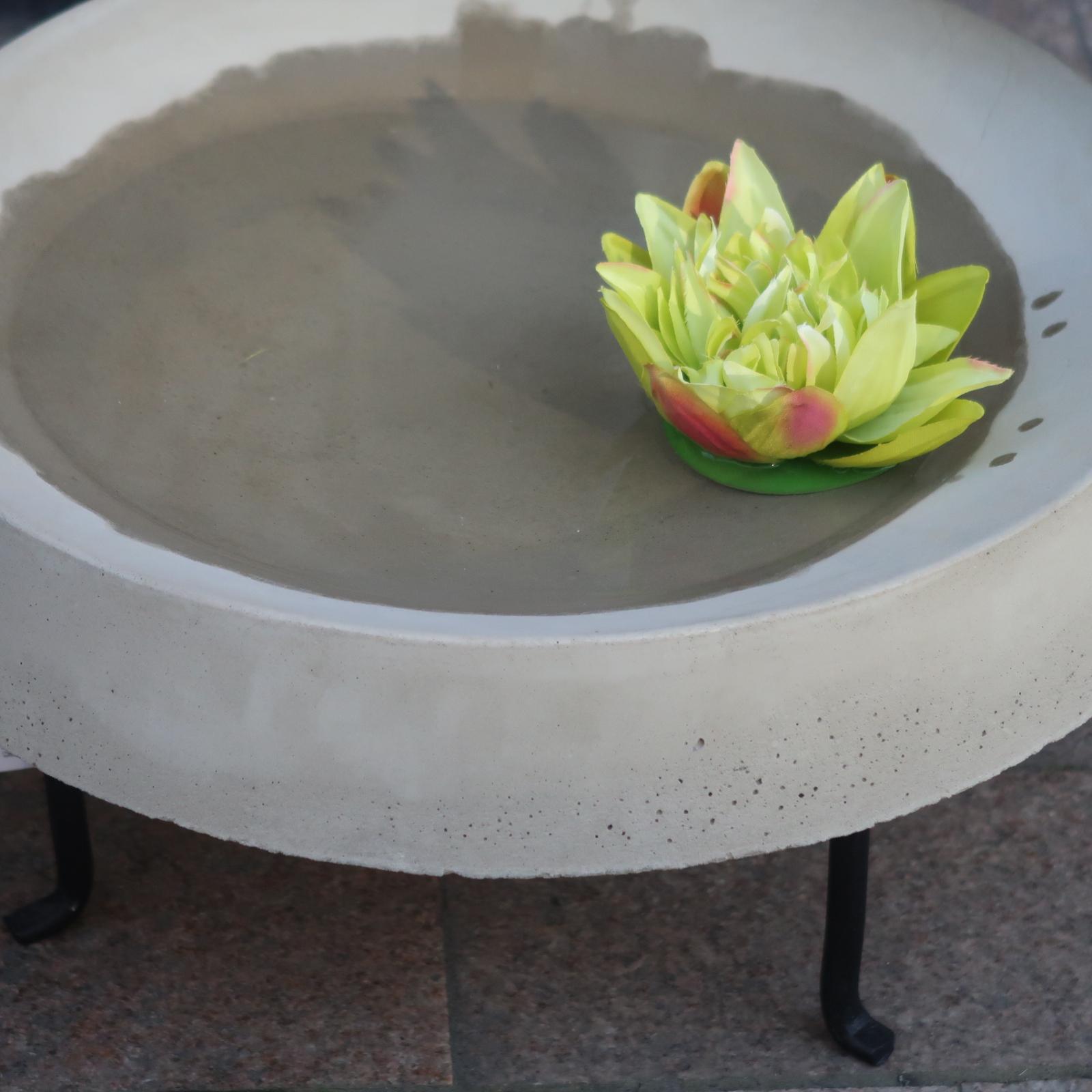 Lotusblomma grön
