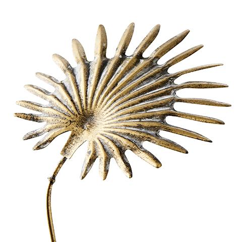Palmblad i mässing