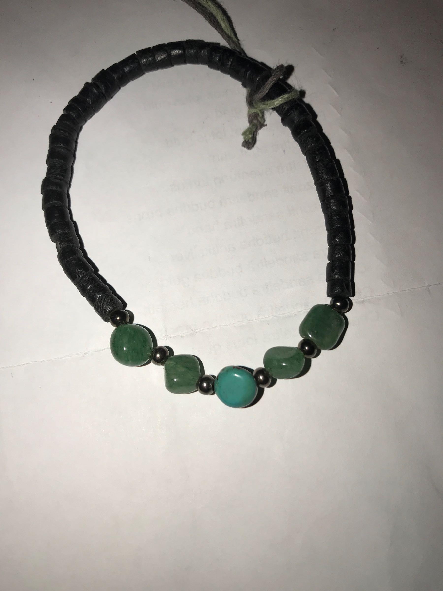 2. Kirsi smycken
