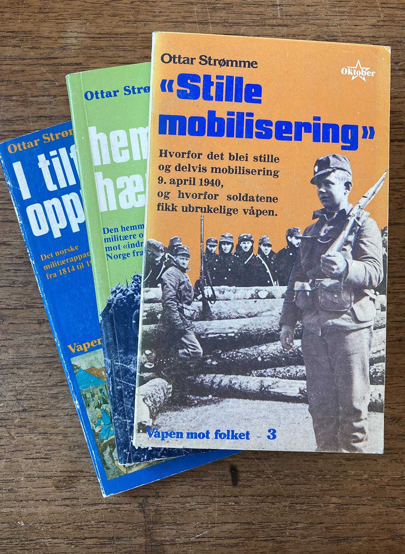Ottar Strømme: Våpen mot folket - Bind I-III