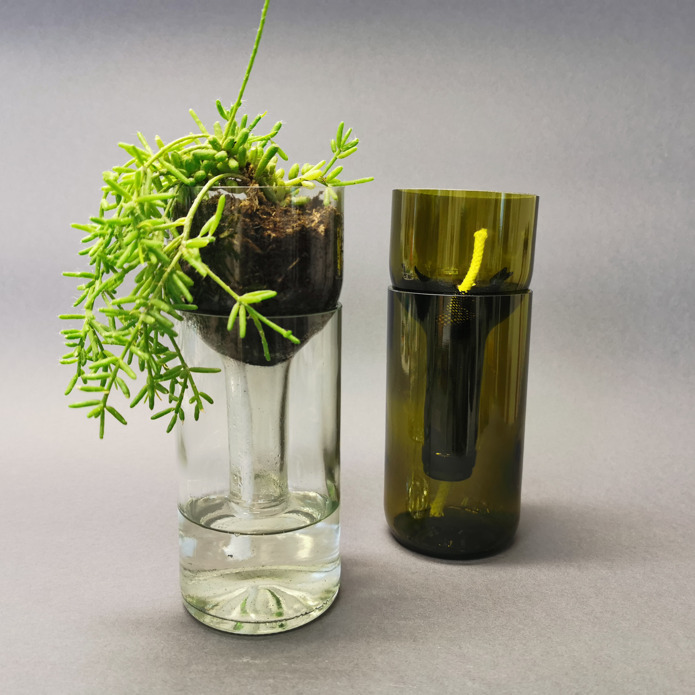 Self Watering Bottle von Side by Side Socialdesign