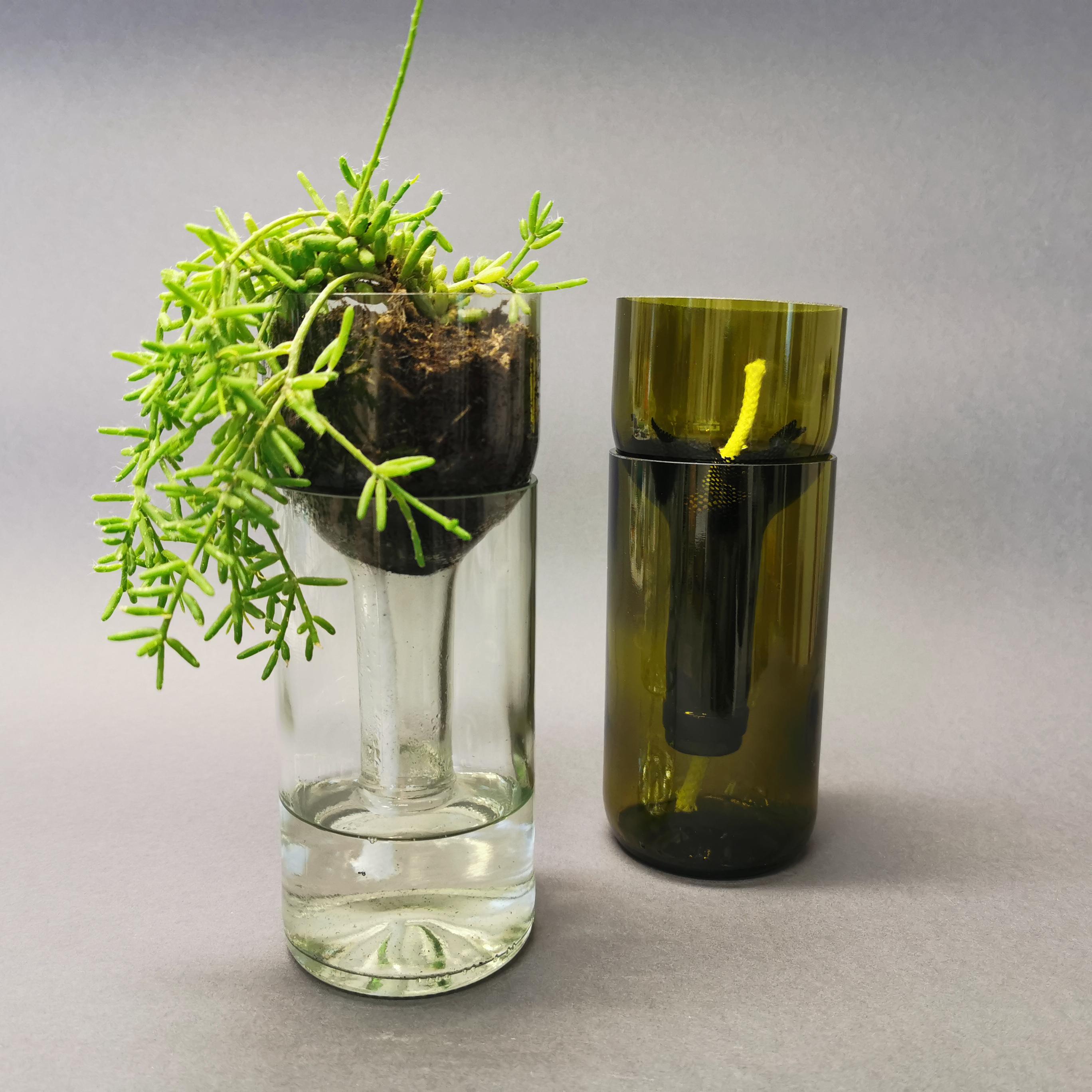 Self Watering Bottle von Side by Side Socialdesign