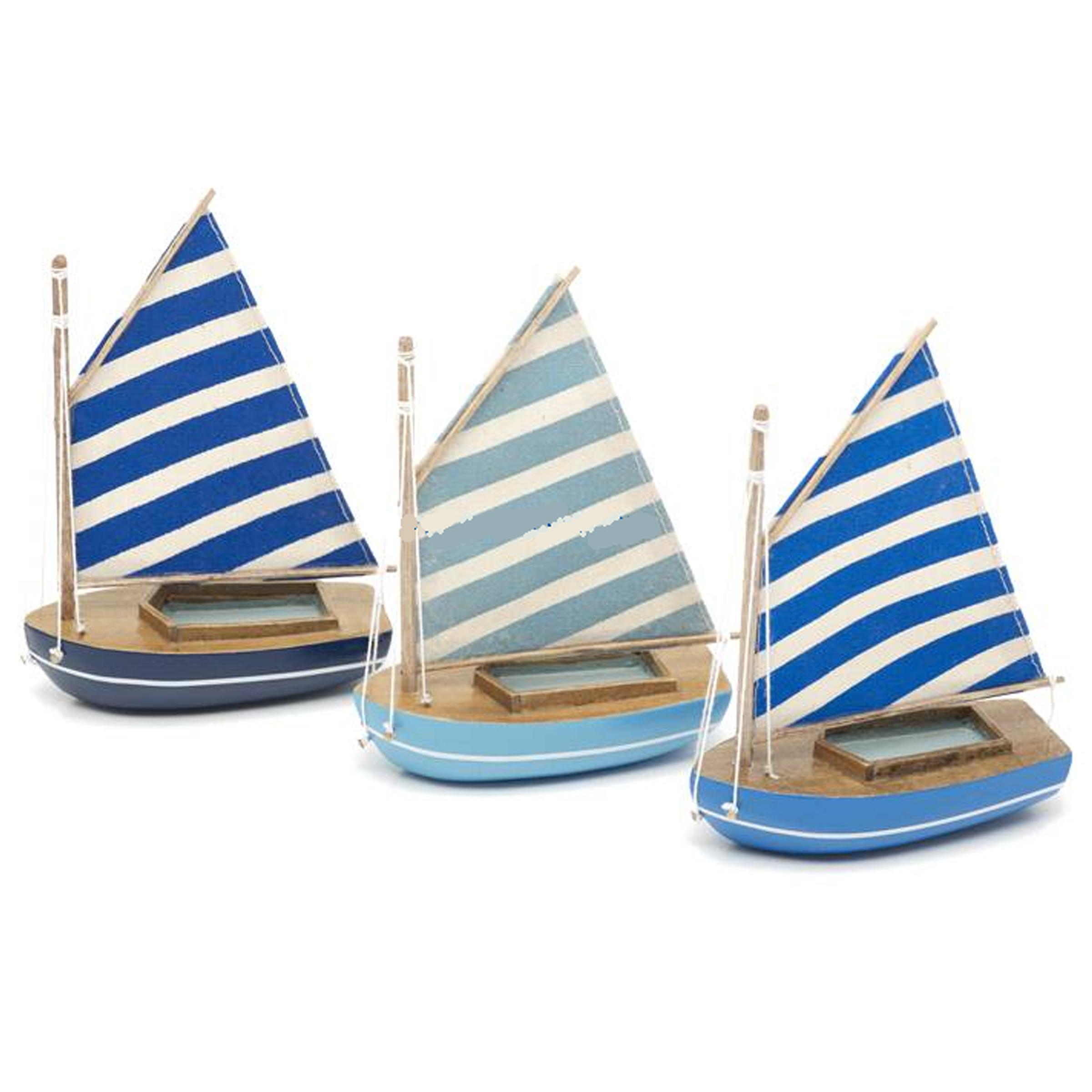 10cm Sailing Dinghy