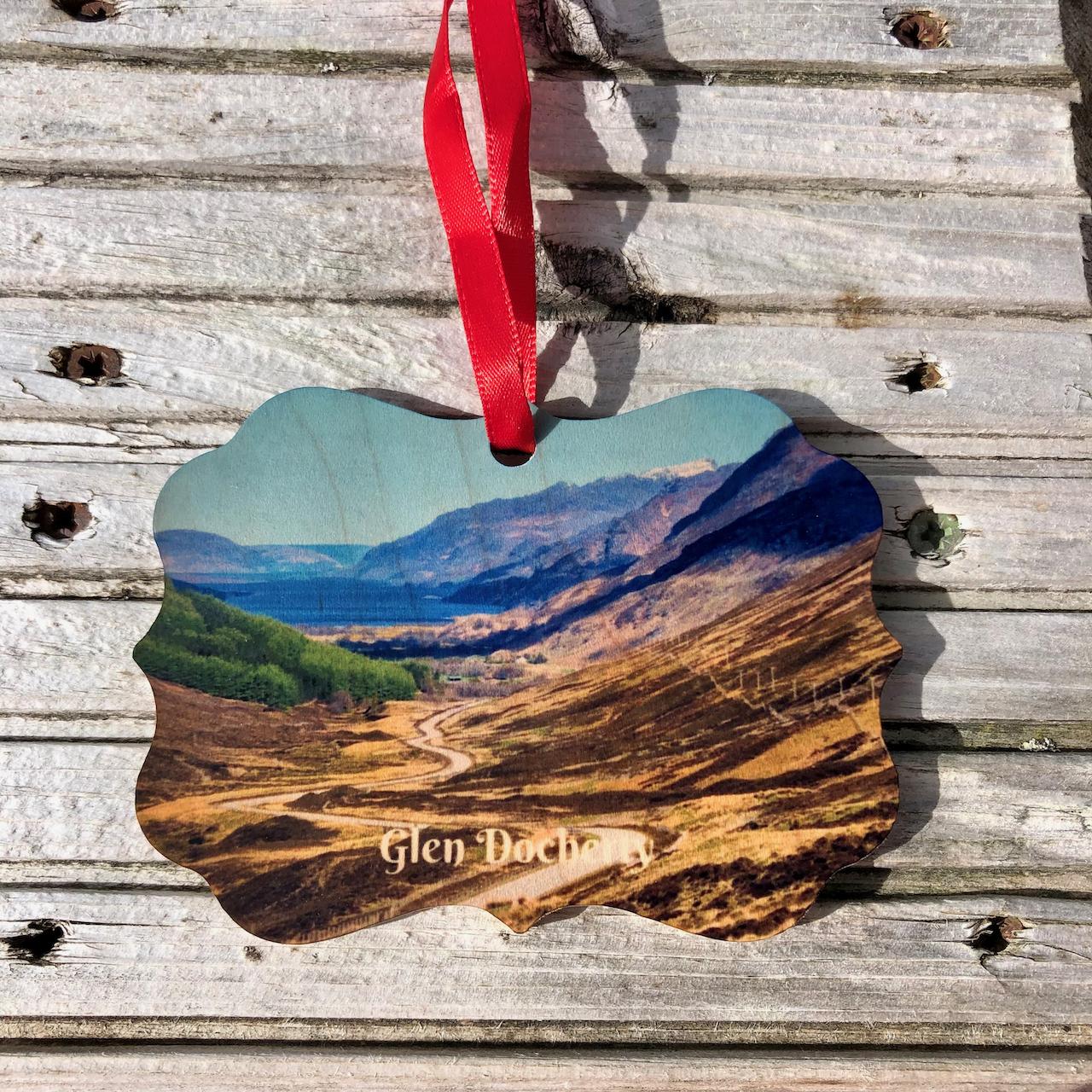 Xmas: Wooden Ornament Glen Docherty