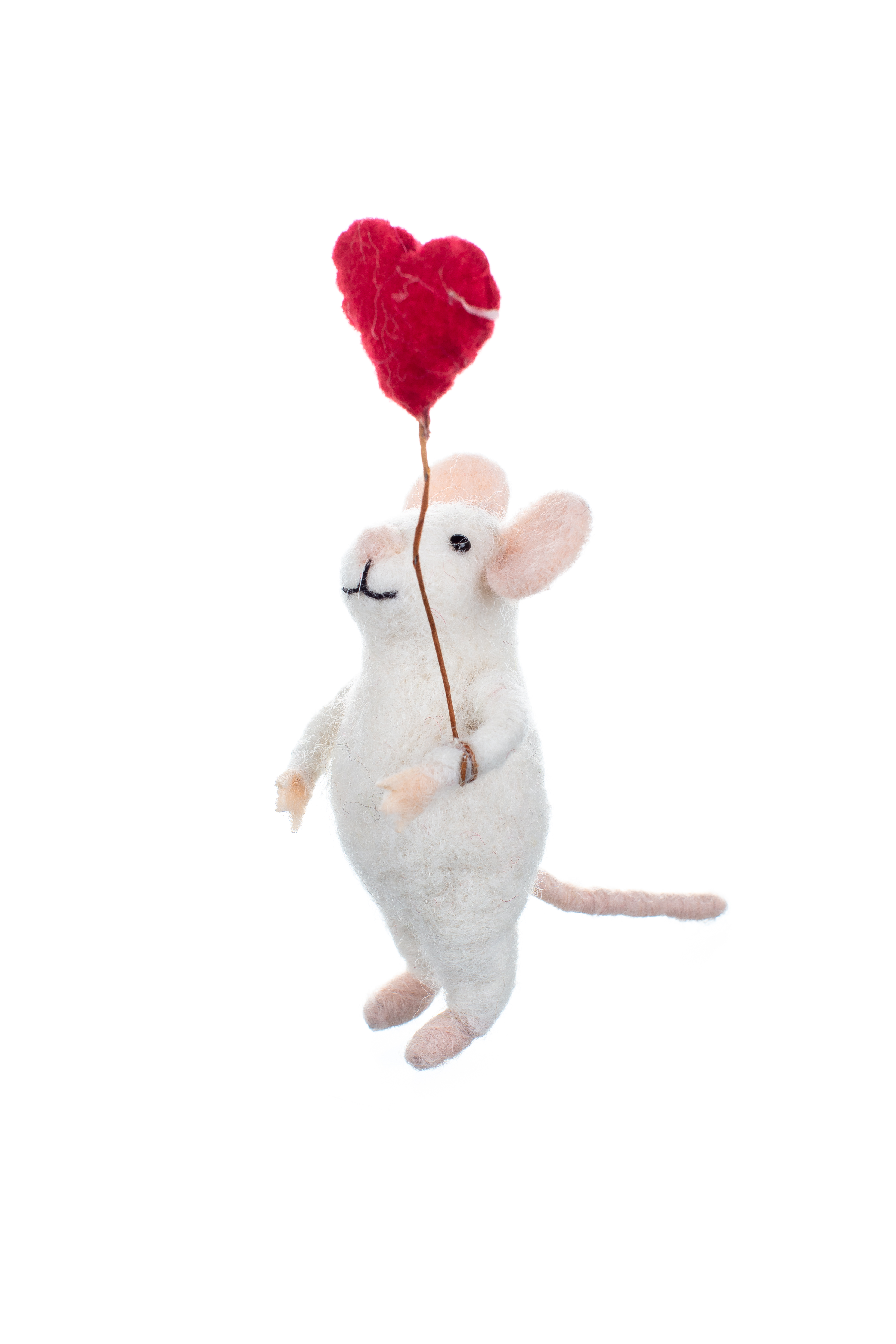 'Maisie' Mouse with Heart Balloon