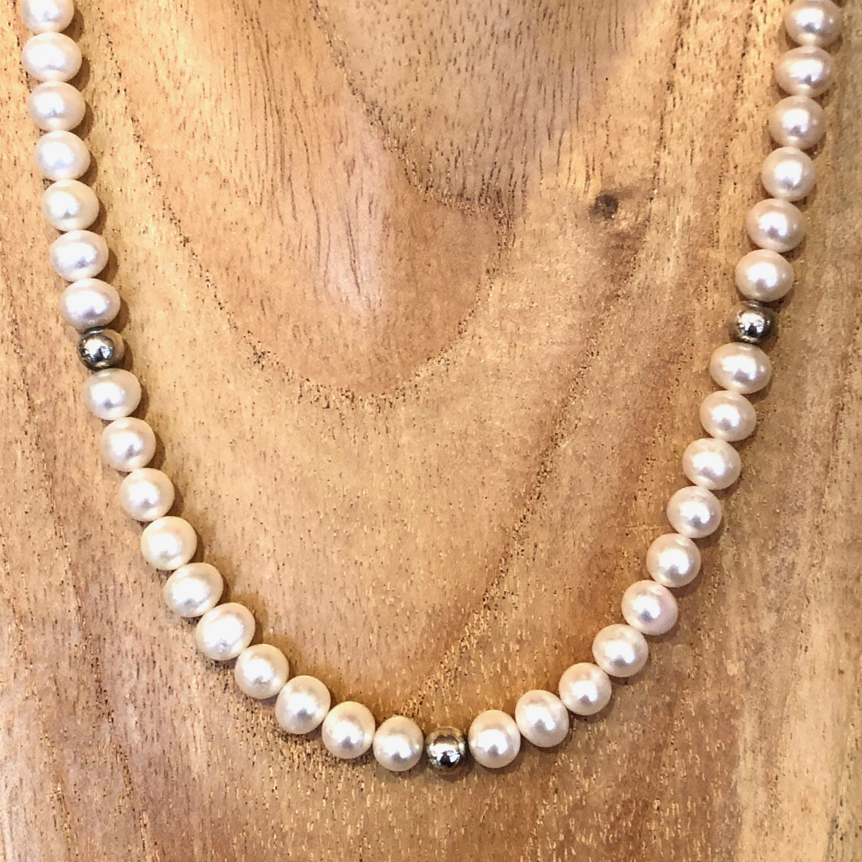 Freshwater Pearl Necklace: Natural SALE (£39)