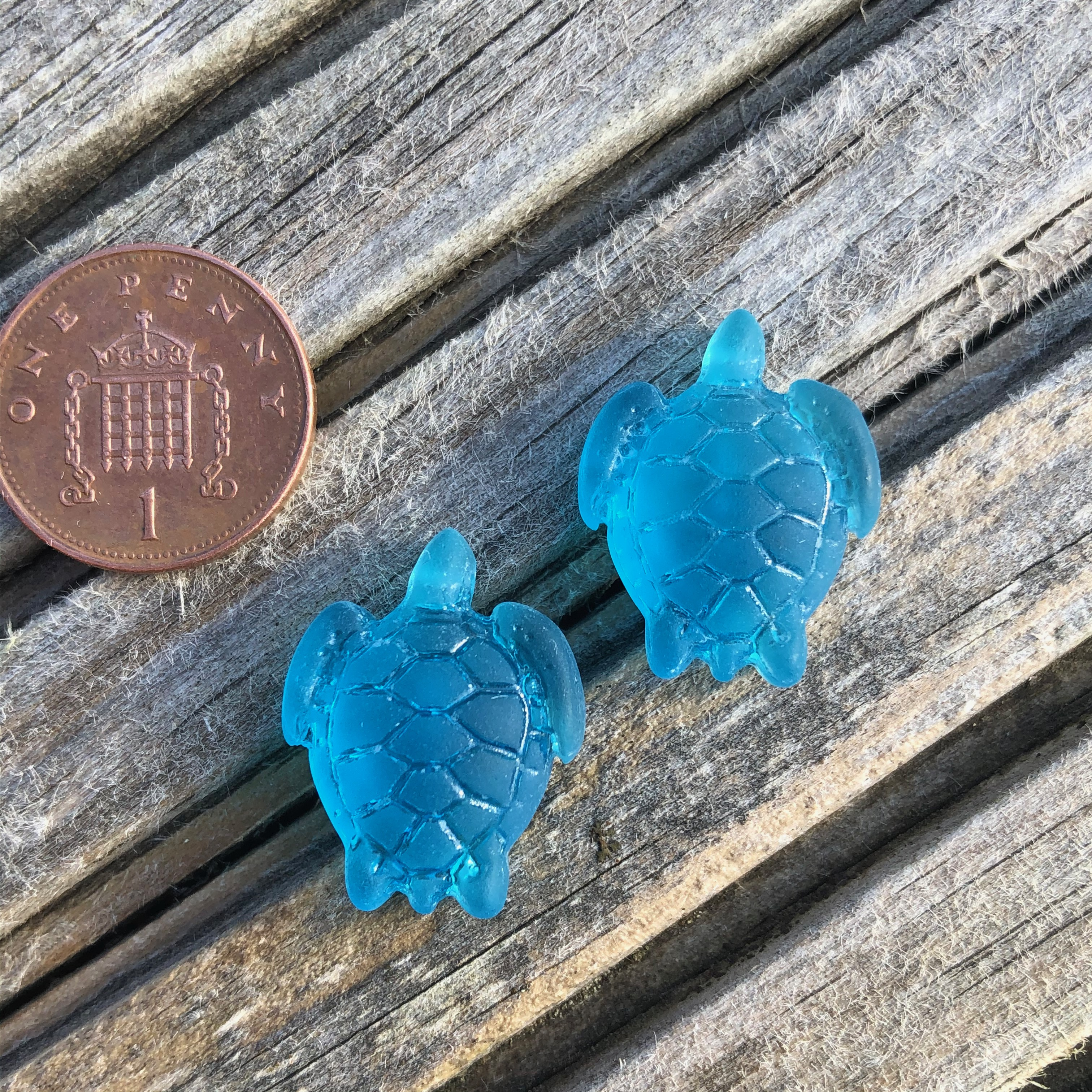 Sea Glass Turtle 23mm Pacific Blue