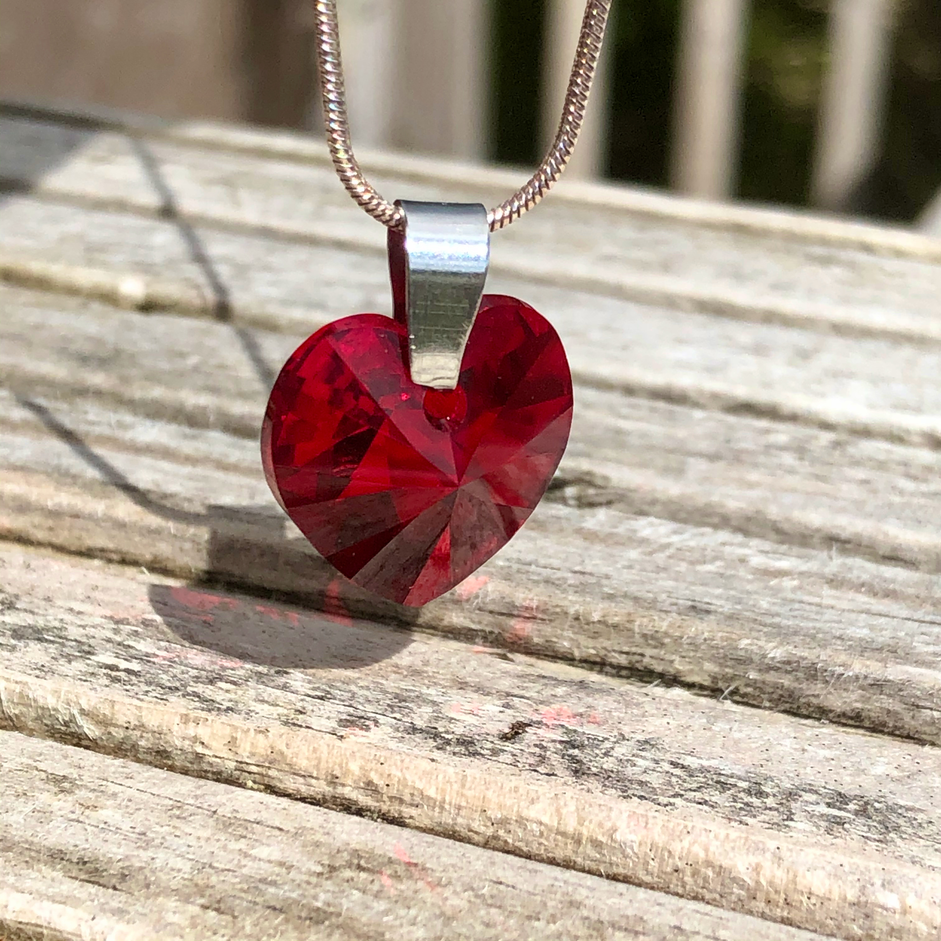 Necklace: Swarovski Heart 18mm Red SALE 10% (£16)