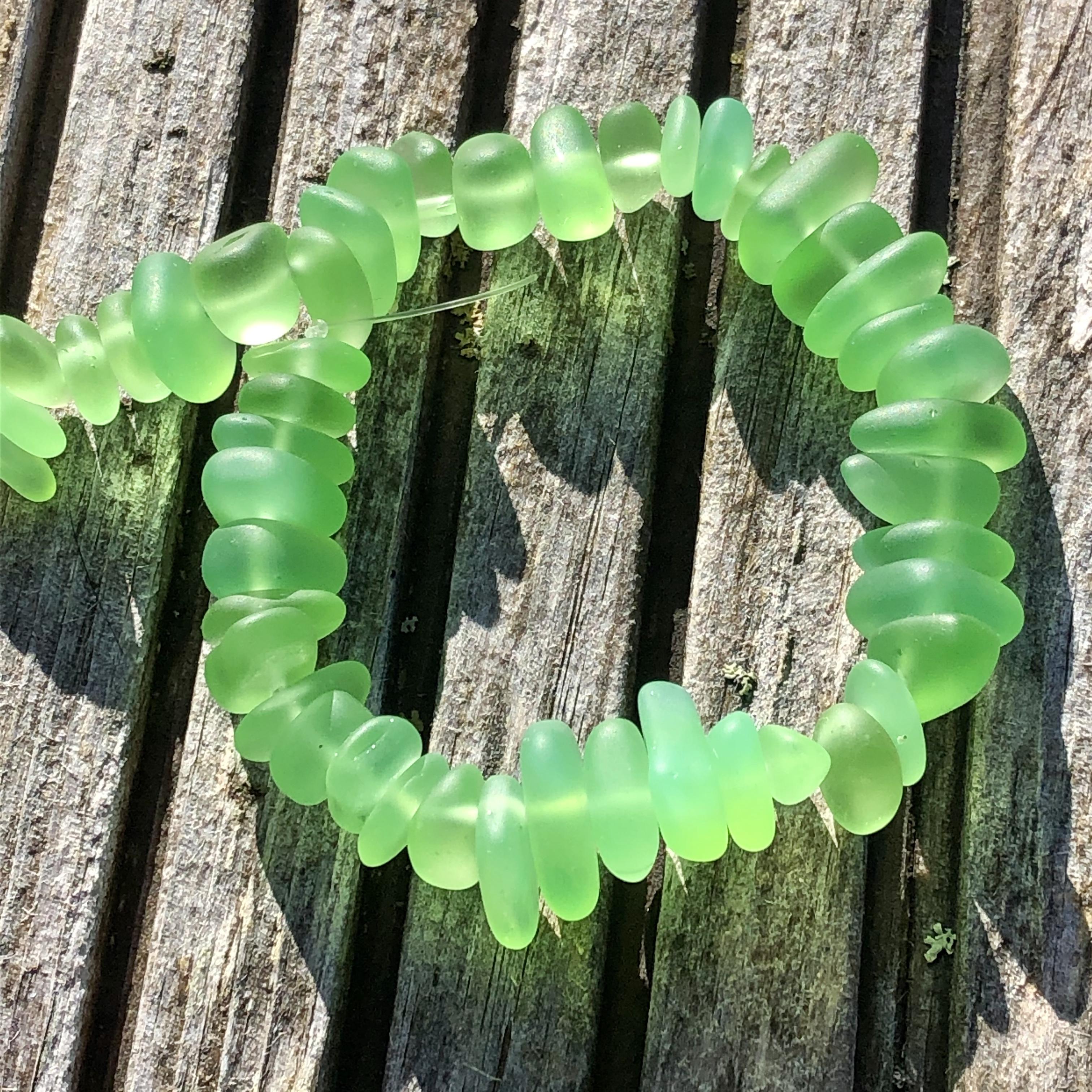 Sea Glass Pebble Beads - 07 Spring Green