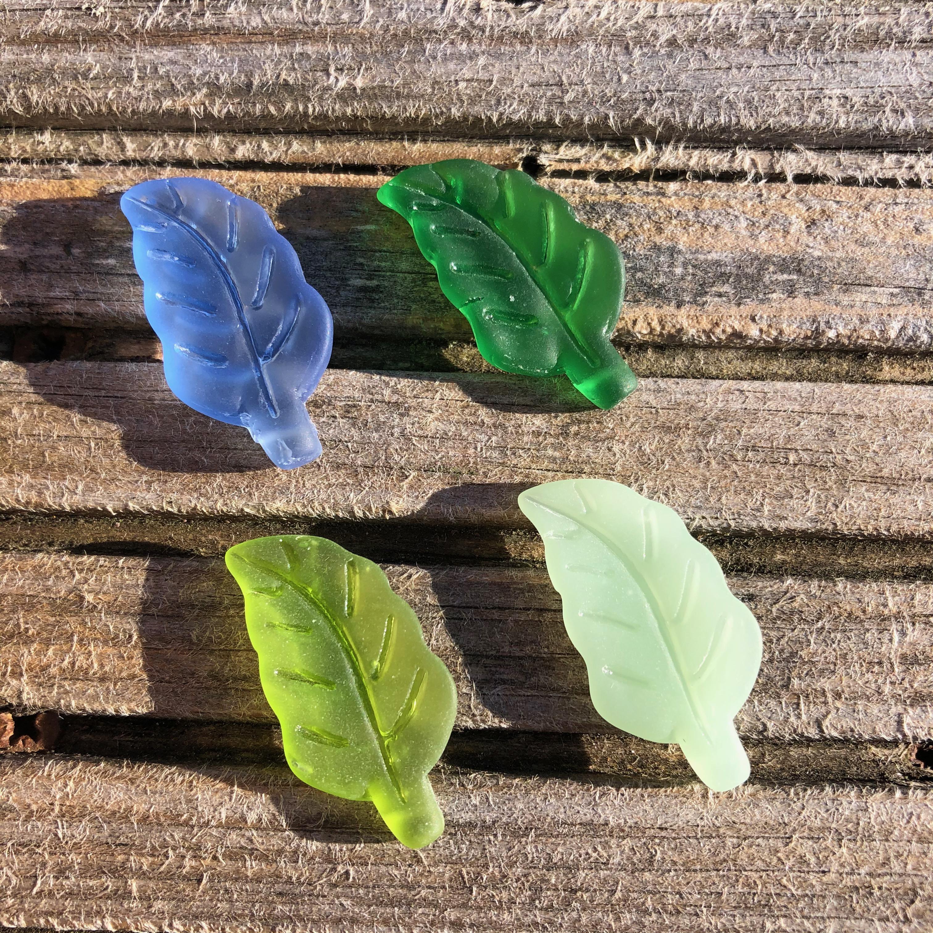 Sea Glass Leaf Pendant - Medium Blue