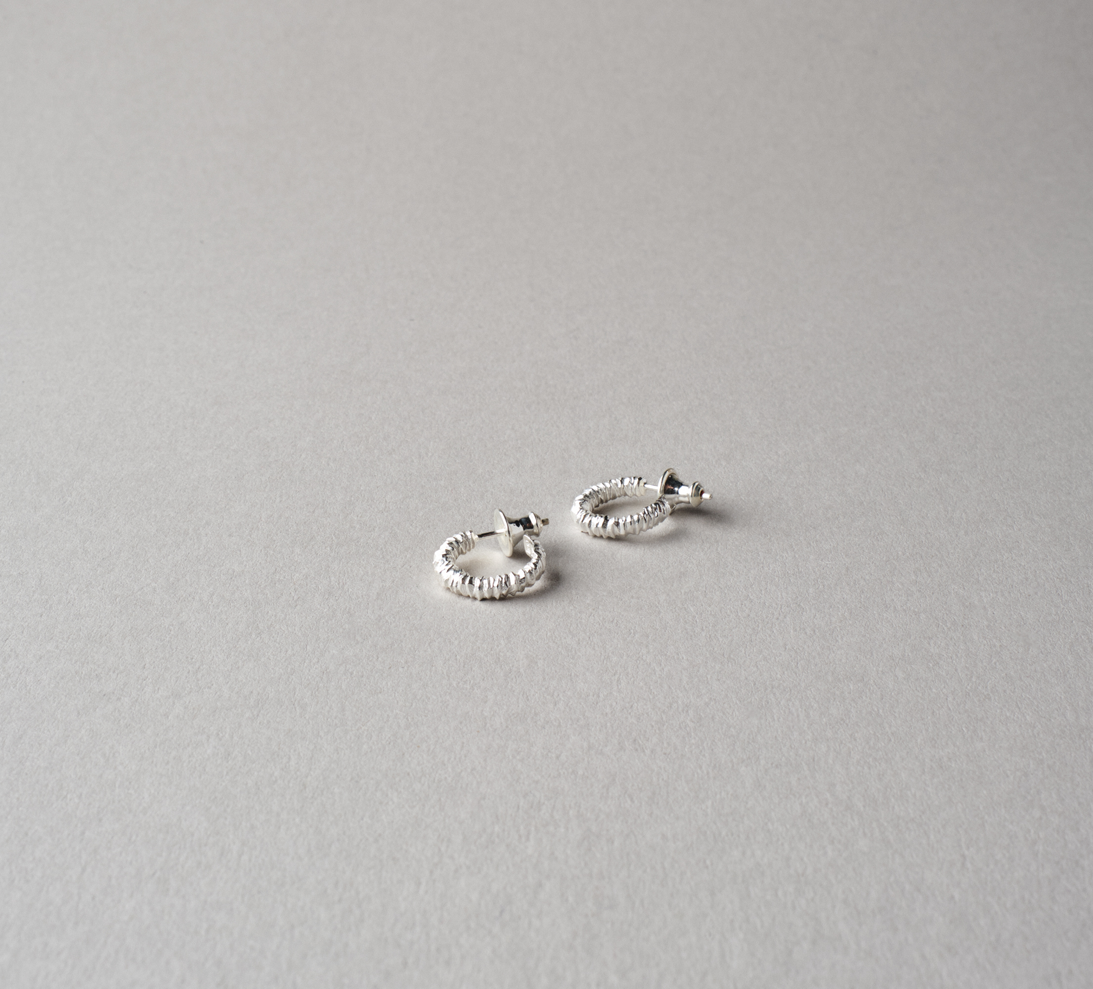 Round Crystal Earrings Silver - S