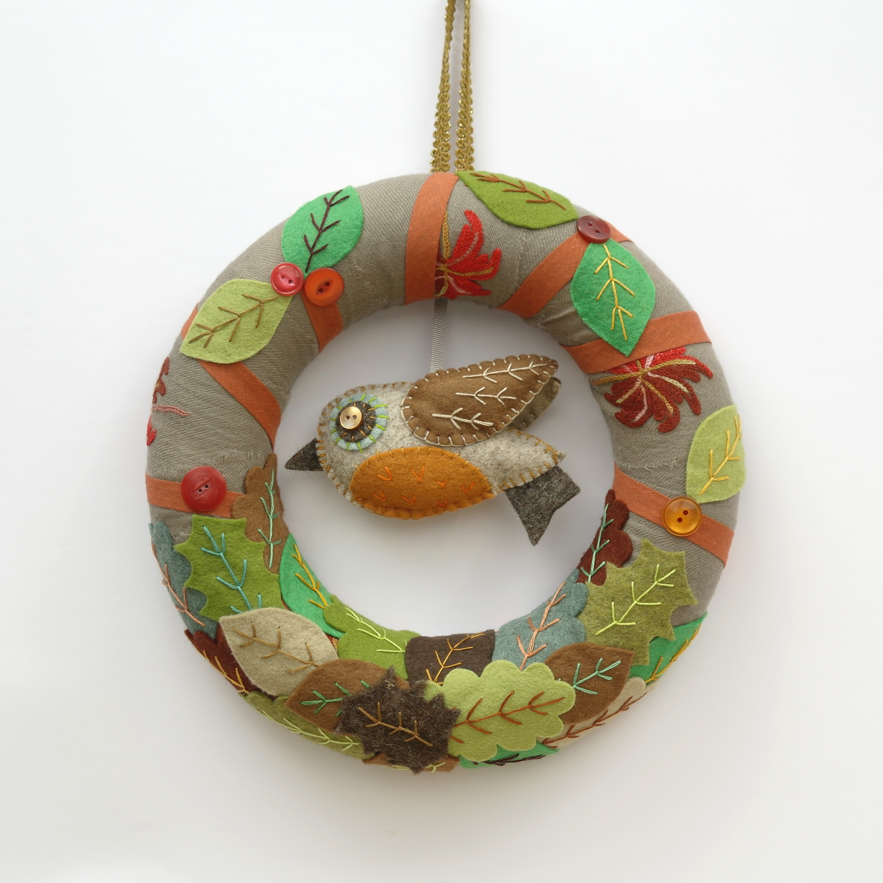 Stitched Garland/Wreath with Robin -  Various Designs Available