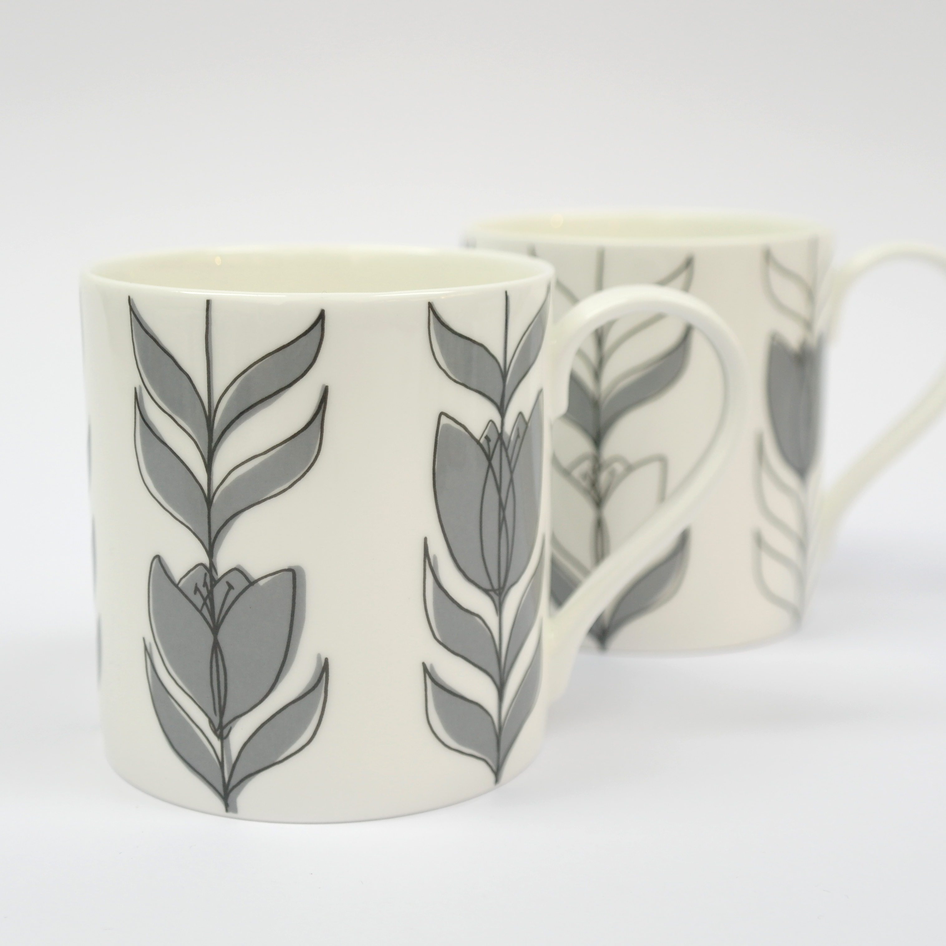 Tulip Linear Closed Mug Boxed (English Fine Bone China) Available in 6 Colourways