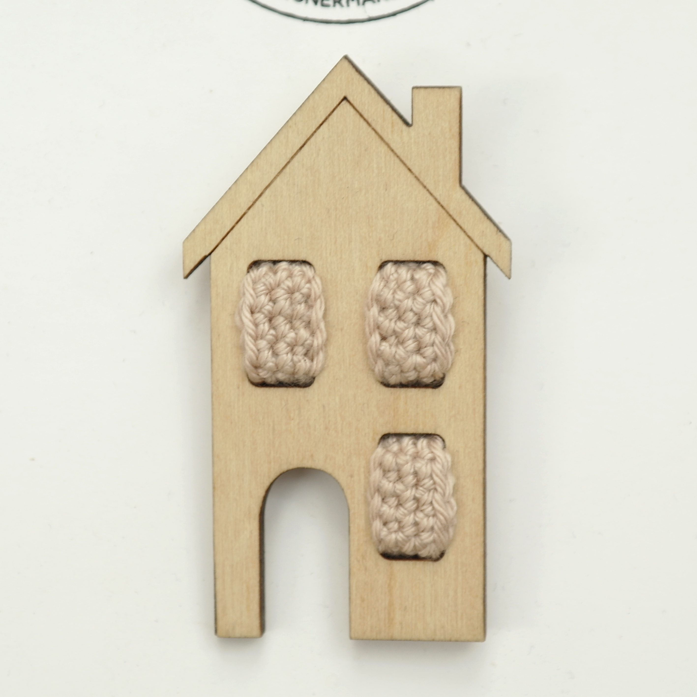 House Brooch - Wood with Crochet