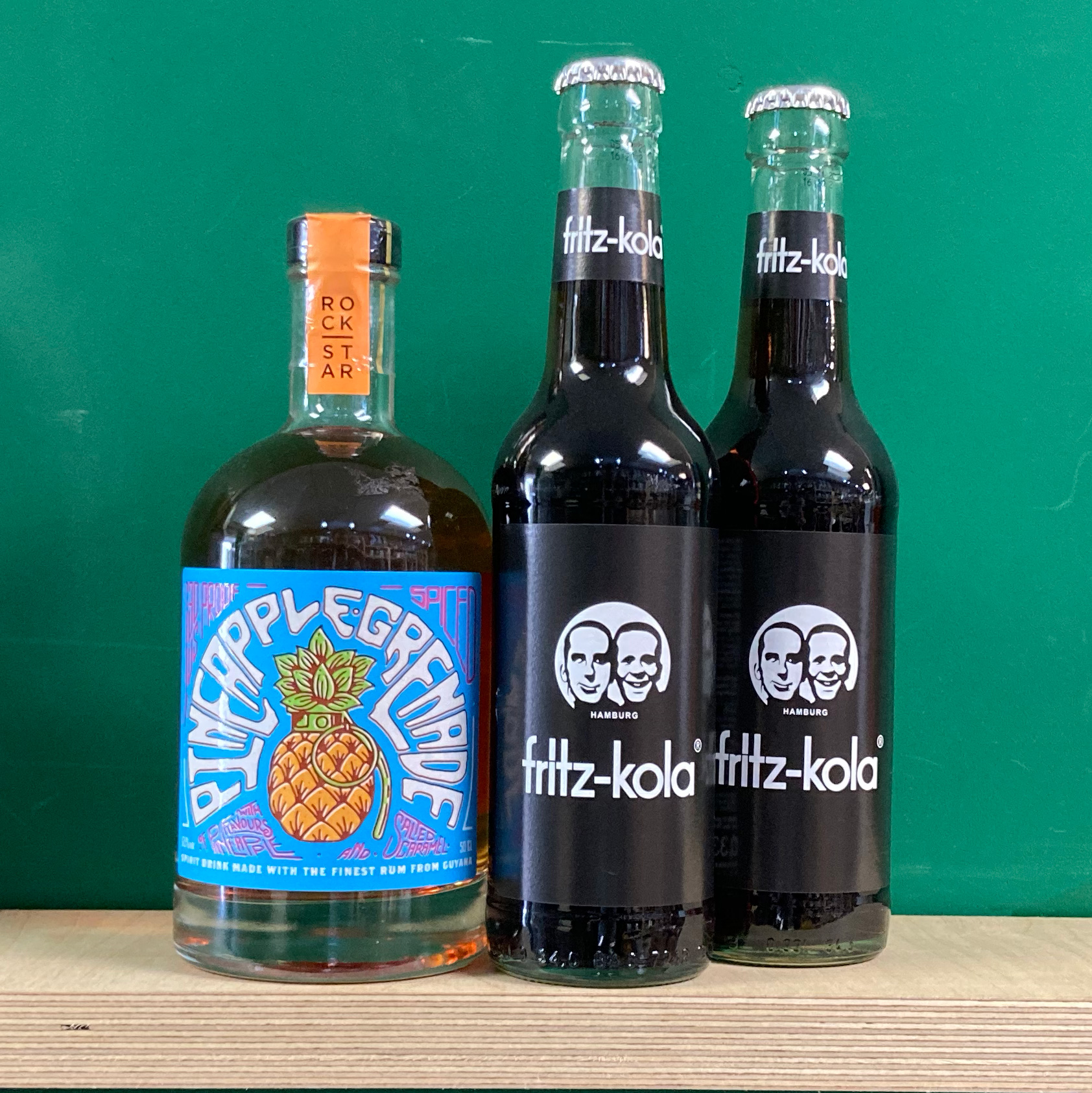 Pineapple Grenade Rum & Cola Pack