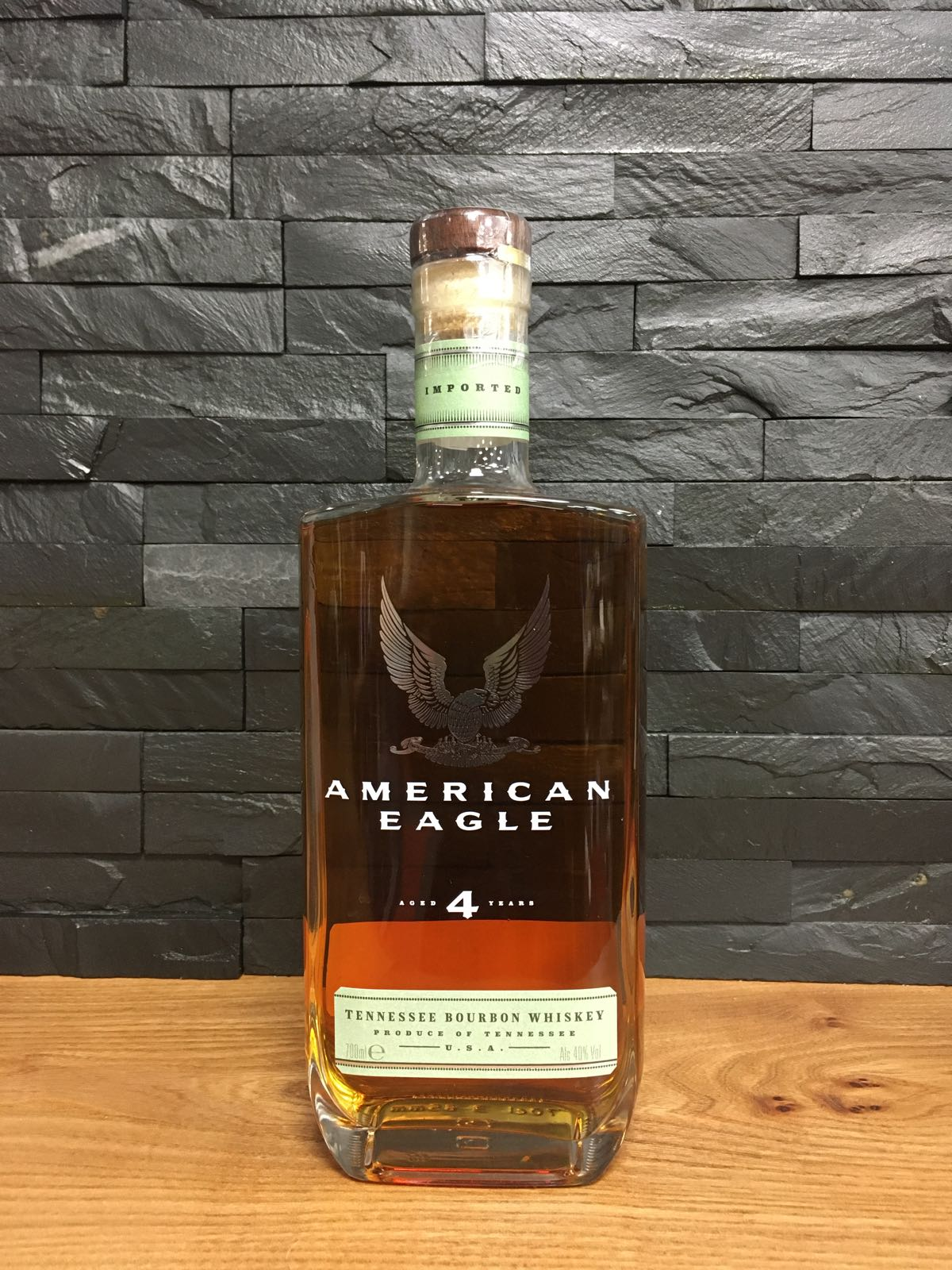 American Eagle 4 Year Old Bourbon 70cl
