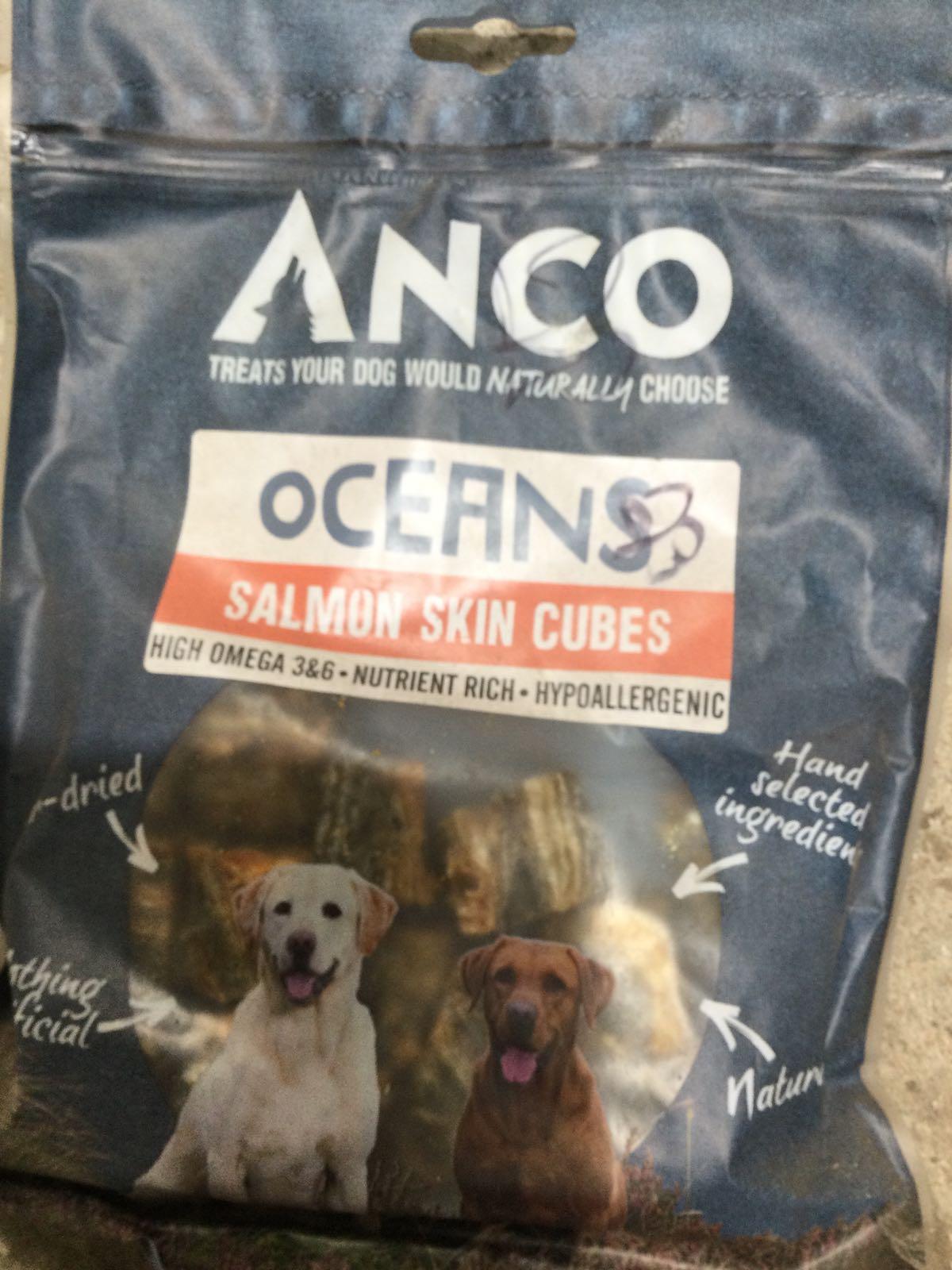 Anco Salmon skin cubes