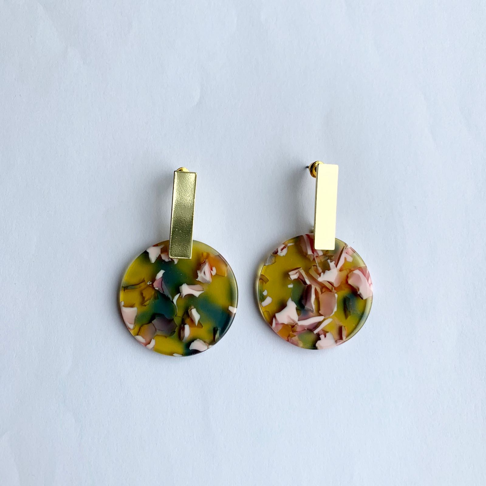 Ernestine Resin Disc Earrings Pink & Green
