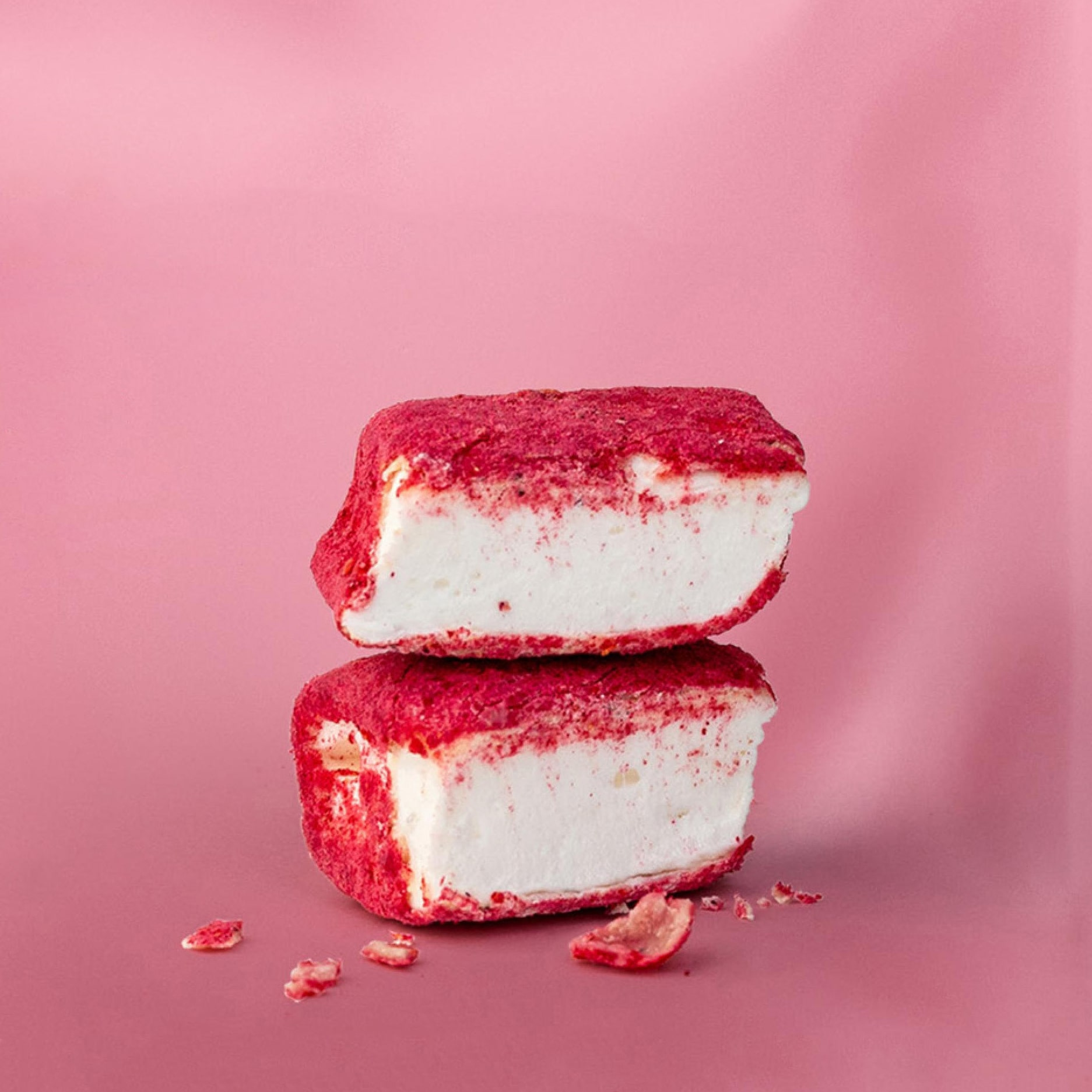 The Mallows - Strawberry + Blackcurrant 130 gram